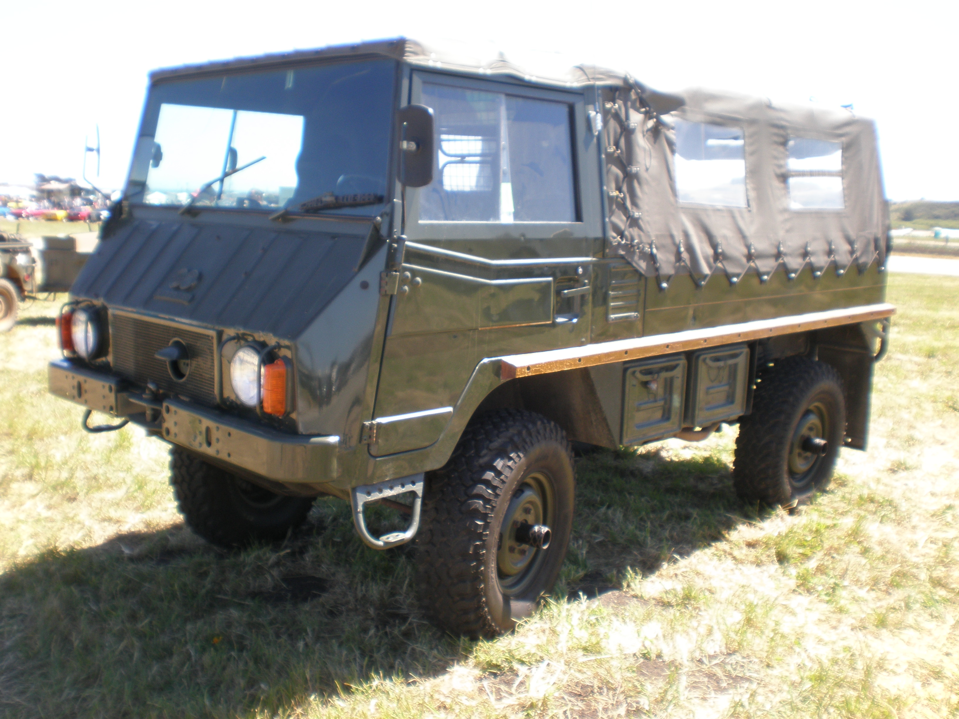 File Steyr Puch Pinzgauer Front Side Jpg Wikimedia Commons