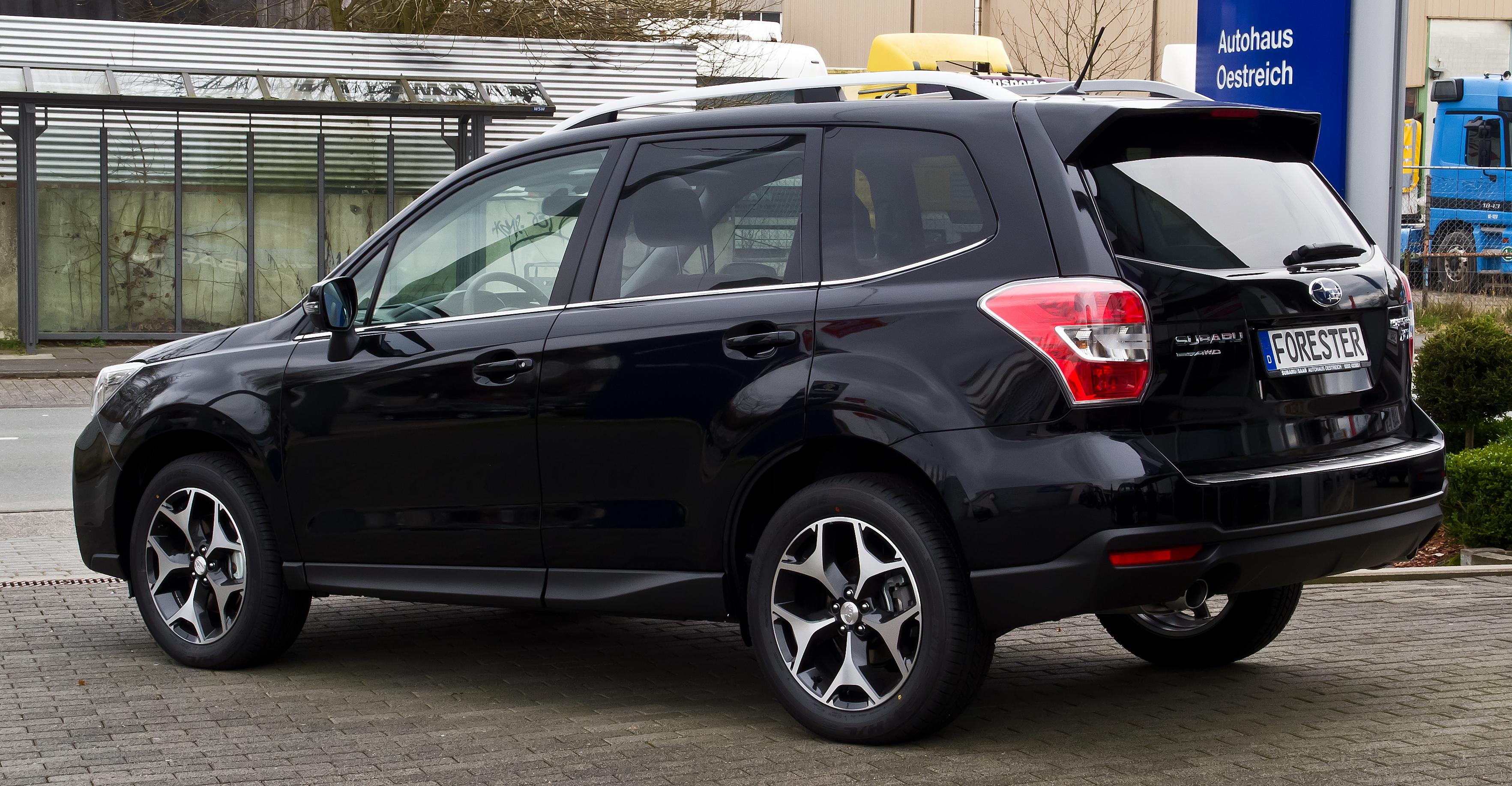 File:Subaru Forester 2.0XT AWD Platinum (IV) – Heckansicht, 1. März ...