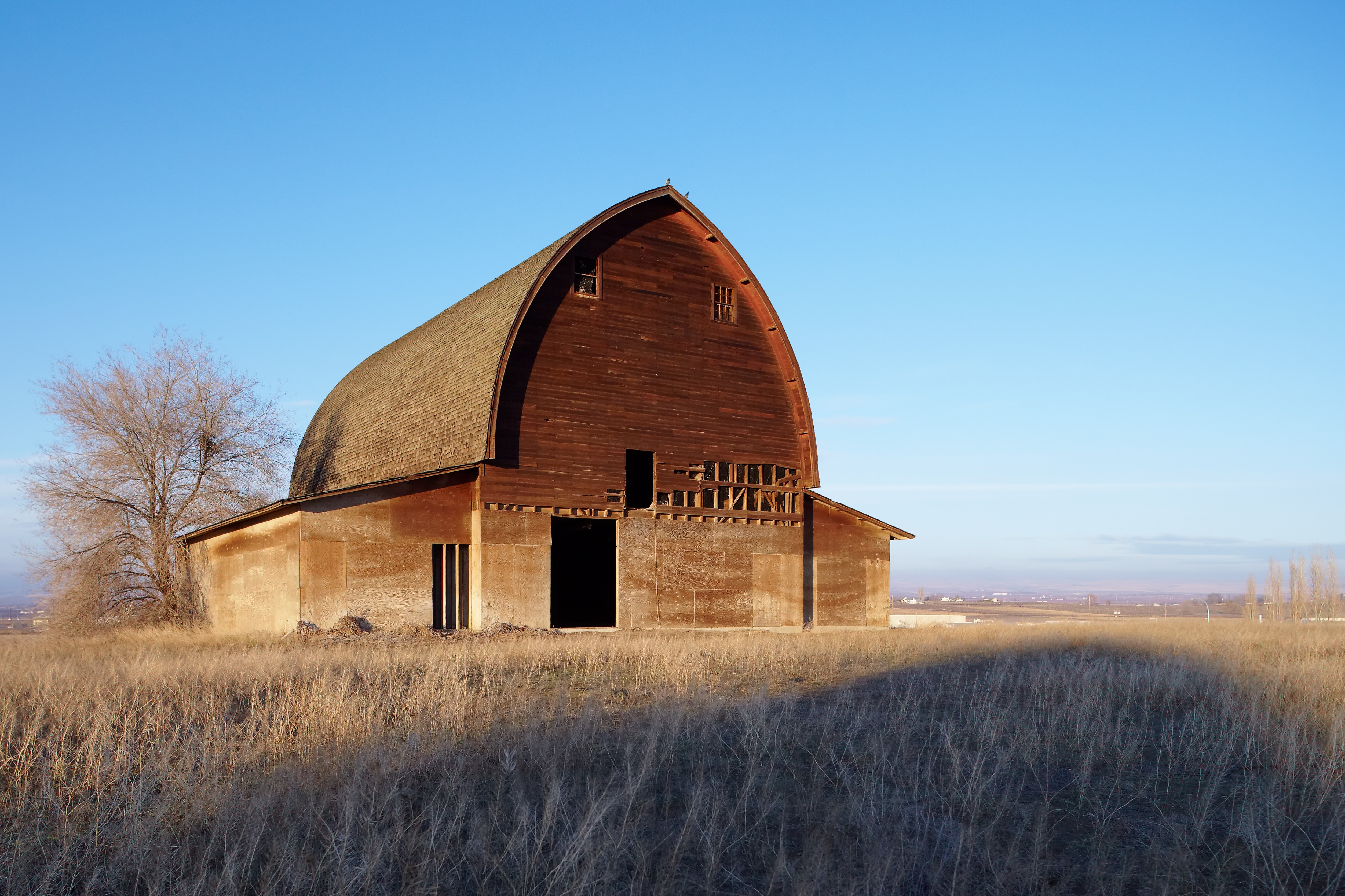 Old english barn joy studio design gallery best design for Old style barn plans