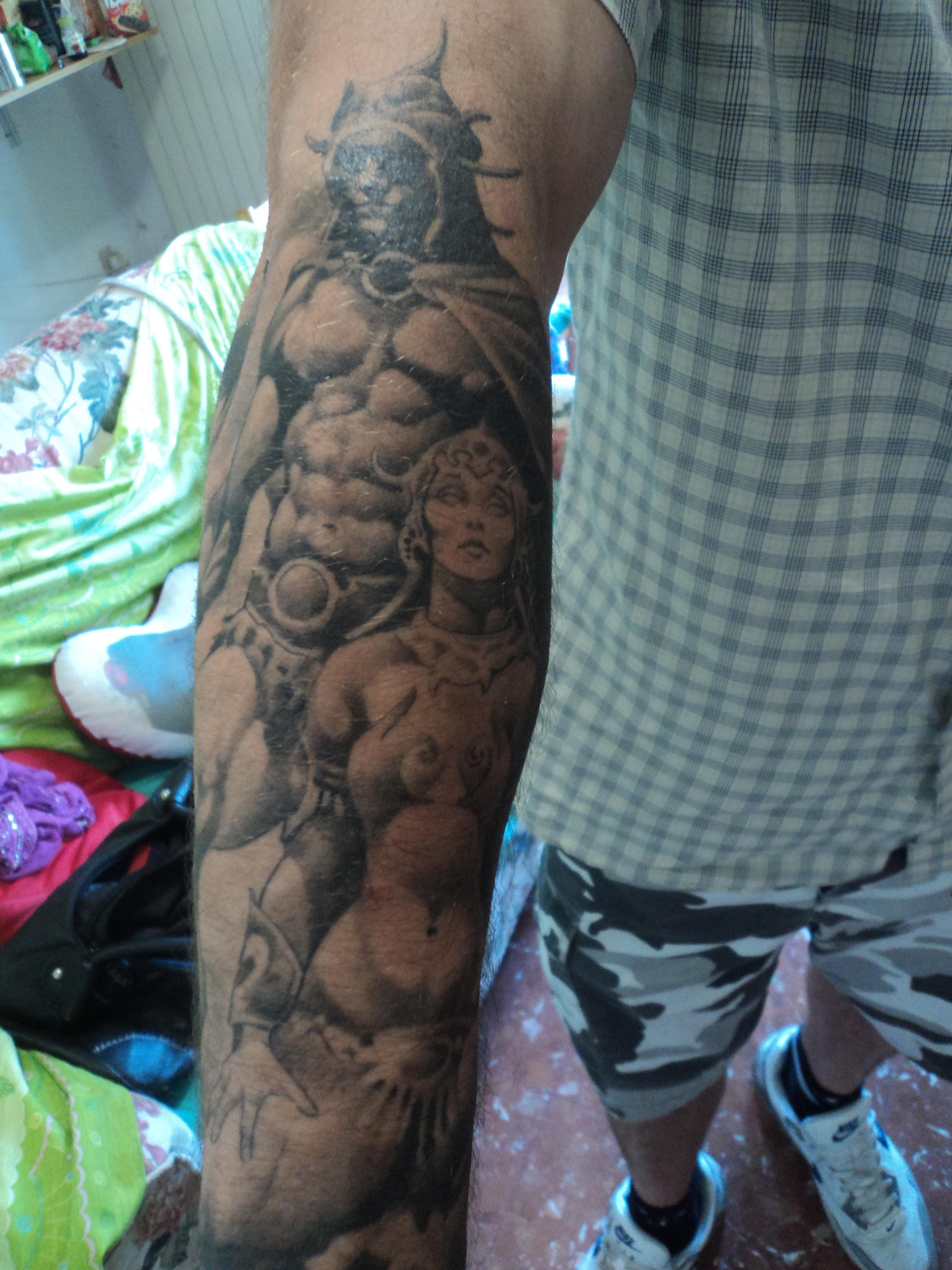 File:Tattoos in Ital