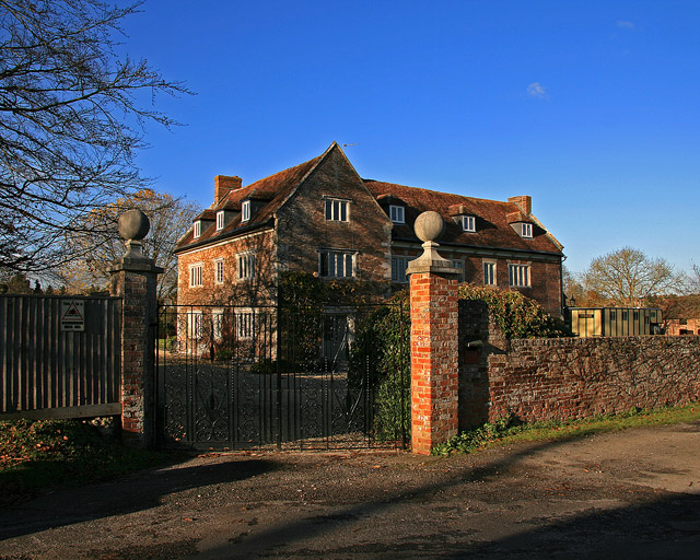 File:The Manor House - Lower Blandford St Mary - geograph.org.uk - 618722.jpg