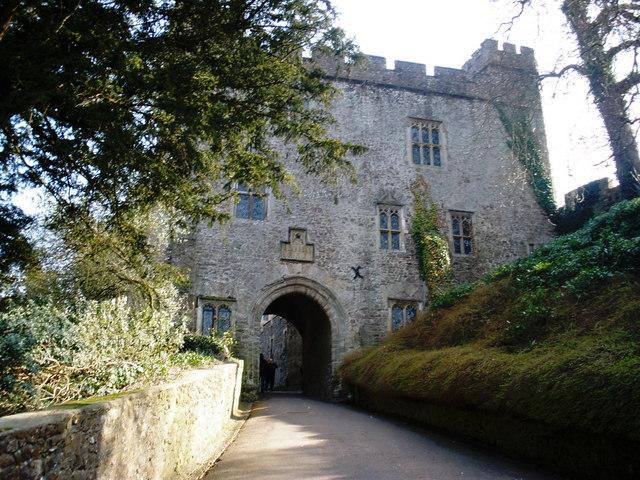 The gatehouse, Dunster Castle - geograph.org.uk - 1215242