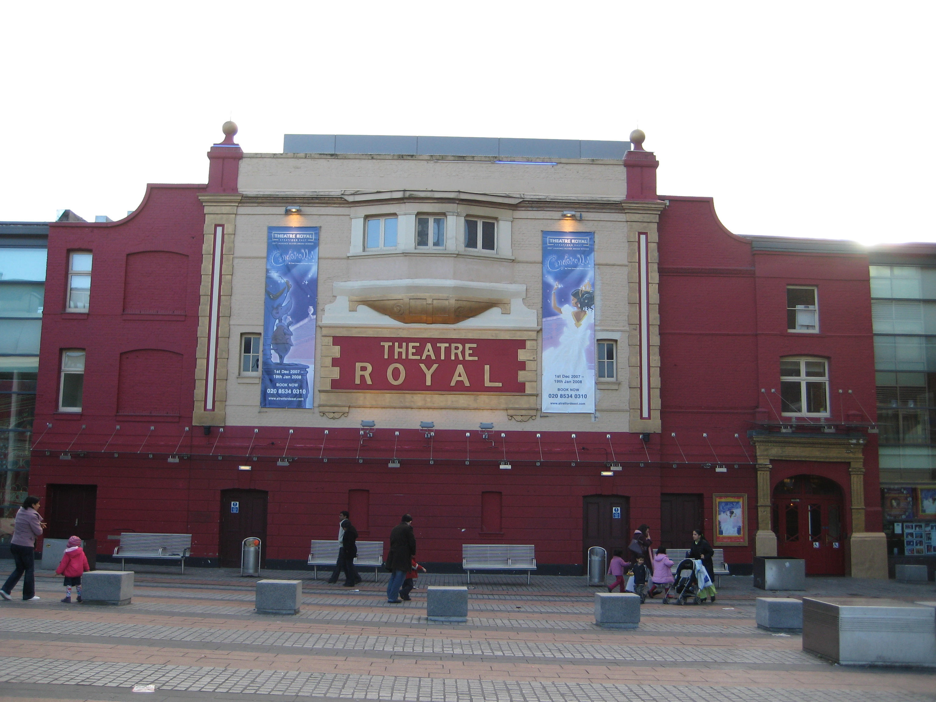 Theatre royal stratford east wikiwand for The stratford