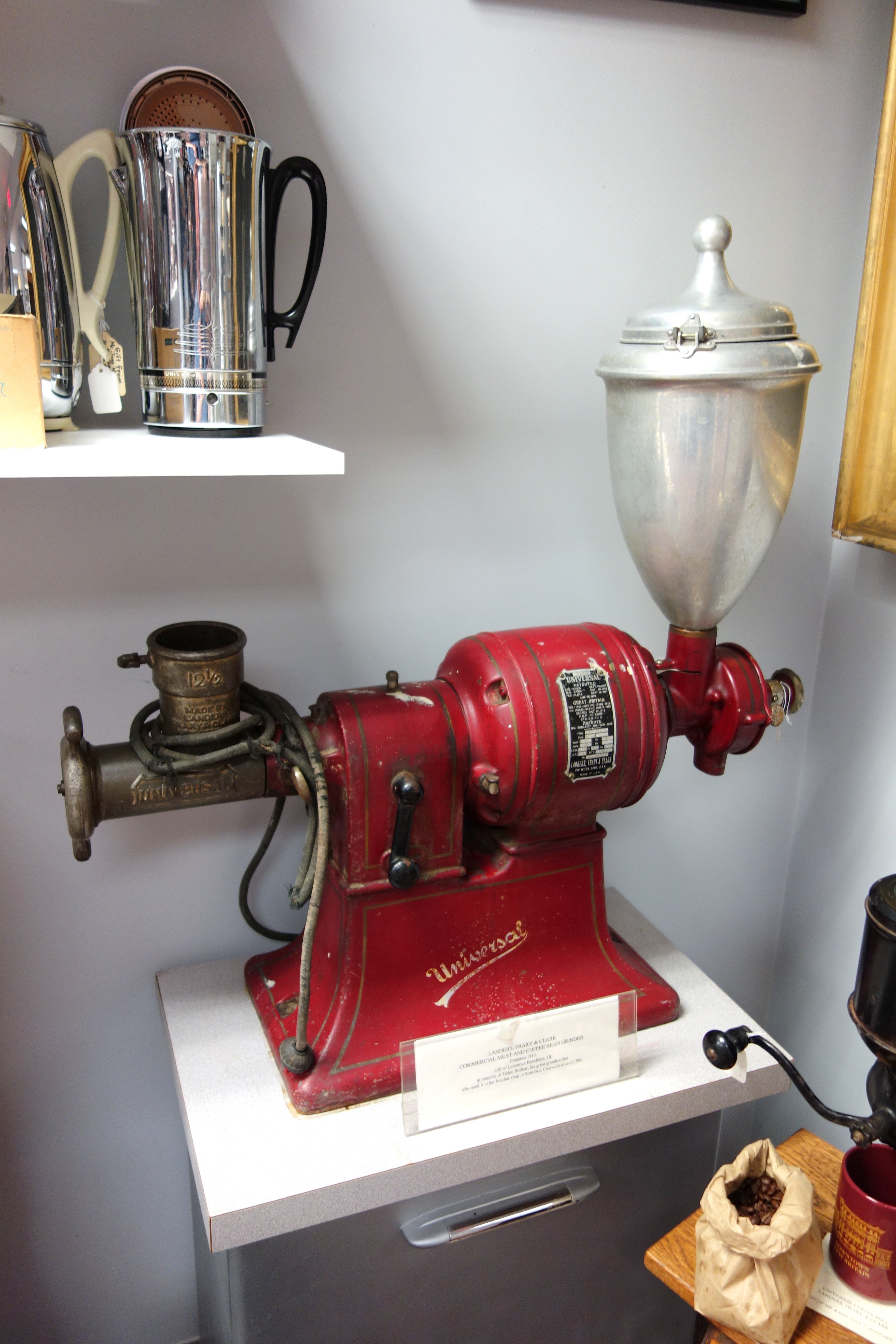 File:Universal Commercial Meat and Coffee Bean Grinder ...