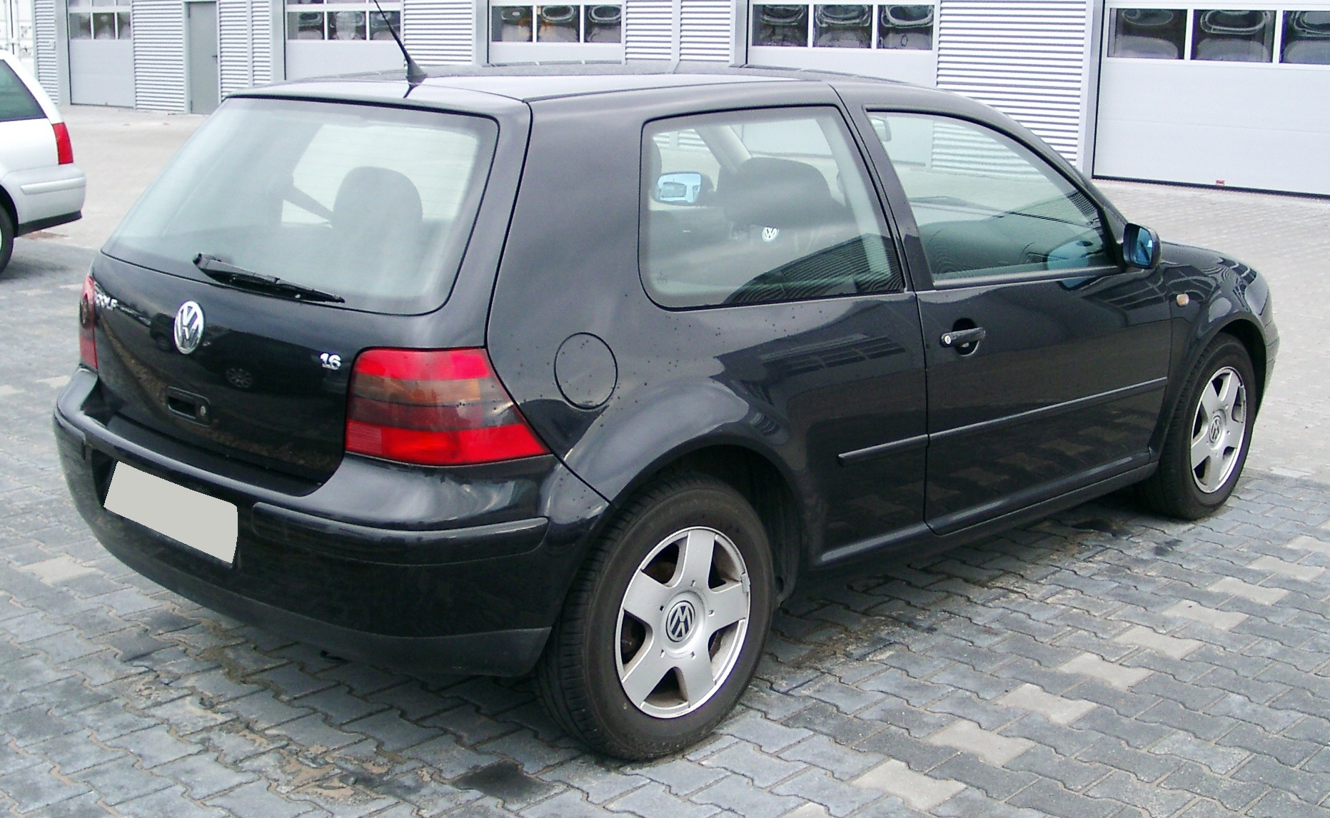 File vw golf iv rear wikimedia commons - Entraxe golf 4 ...