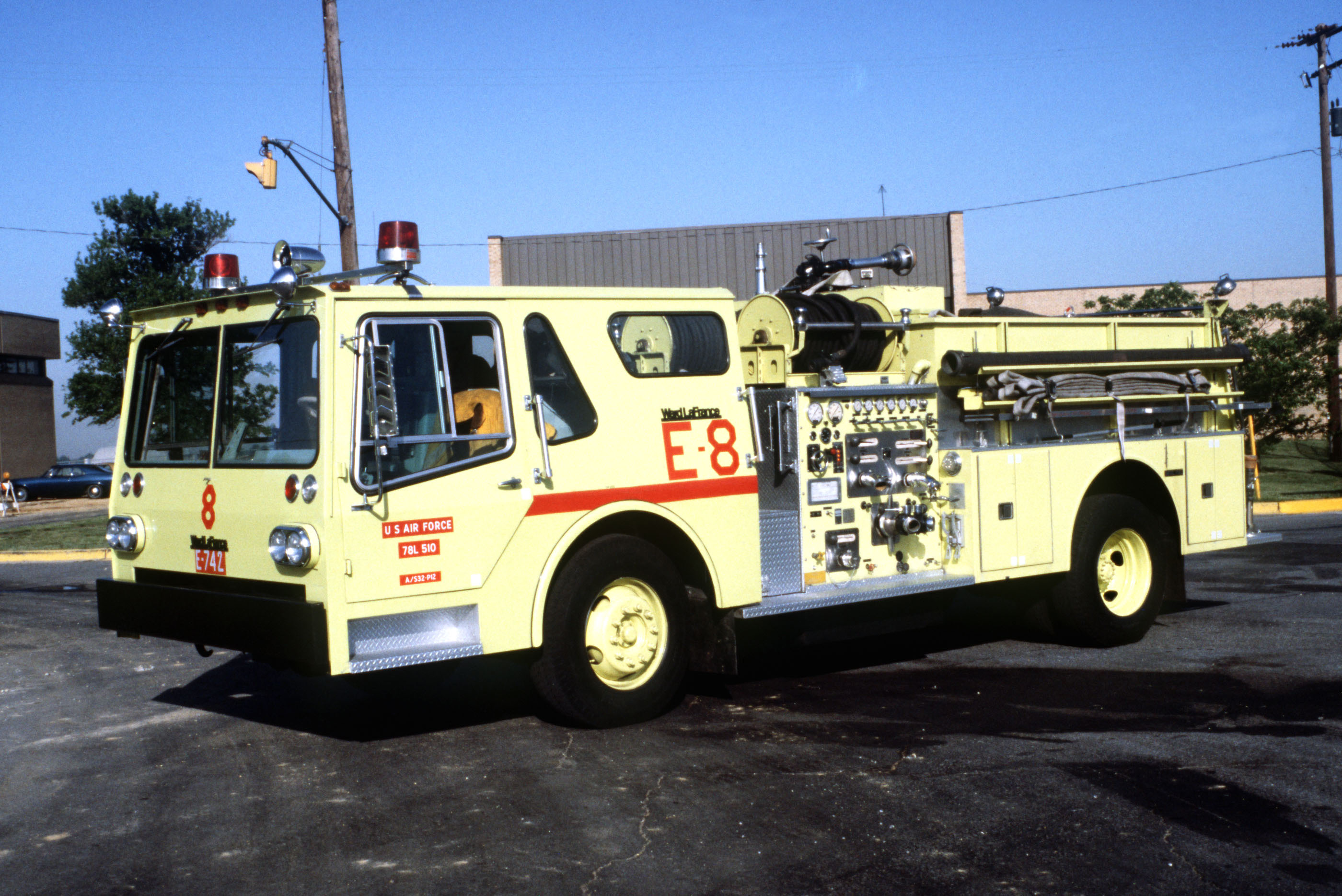 File Ward Lafrance Fire Truck Jpeg Wikimedia Commons