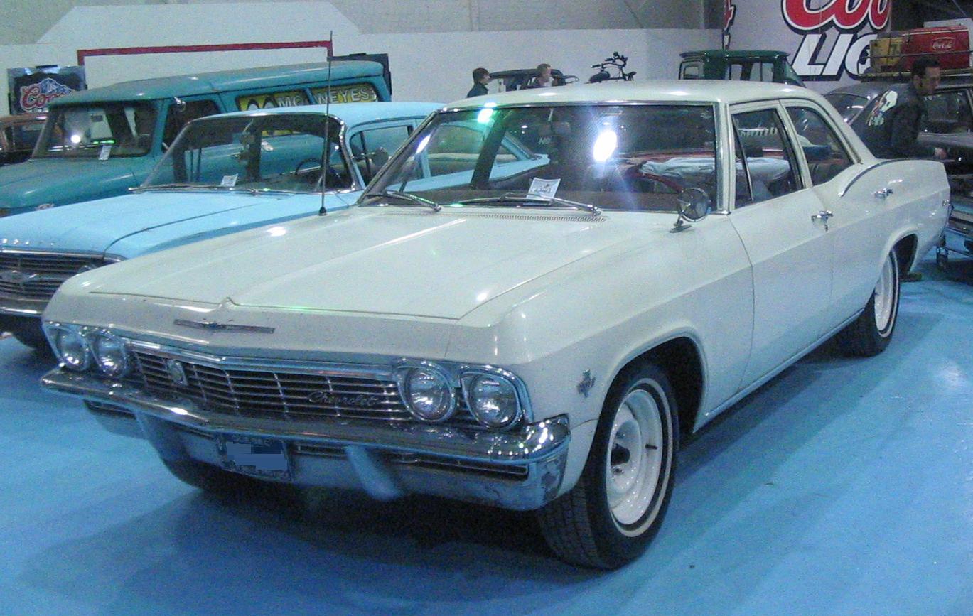 File:'65 Chevrolet Sedan (Laval Bike & Tattoo Show '12).JPG ...