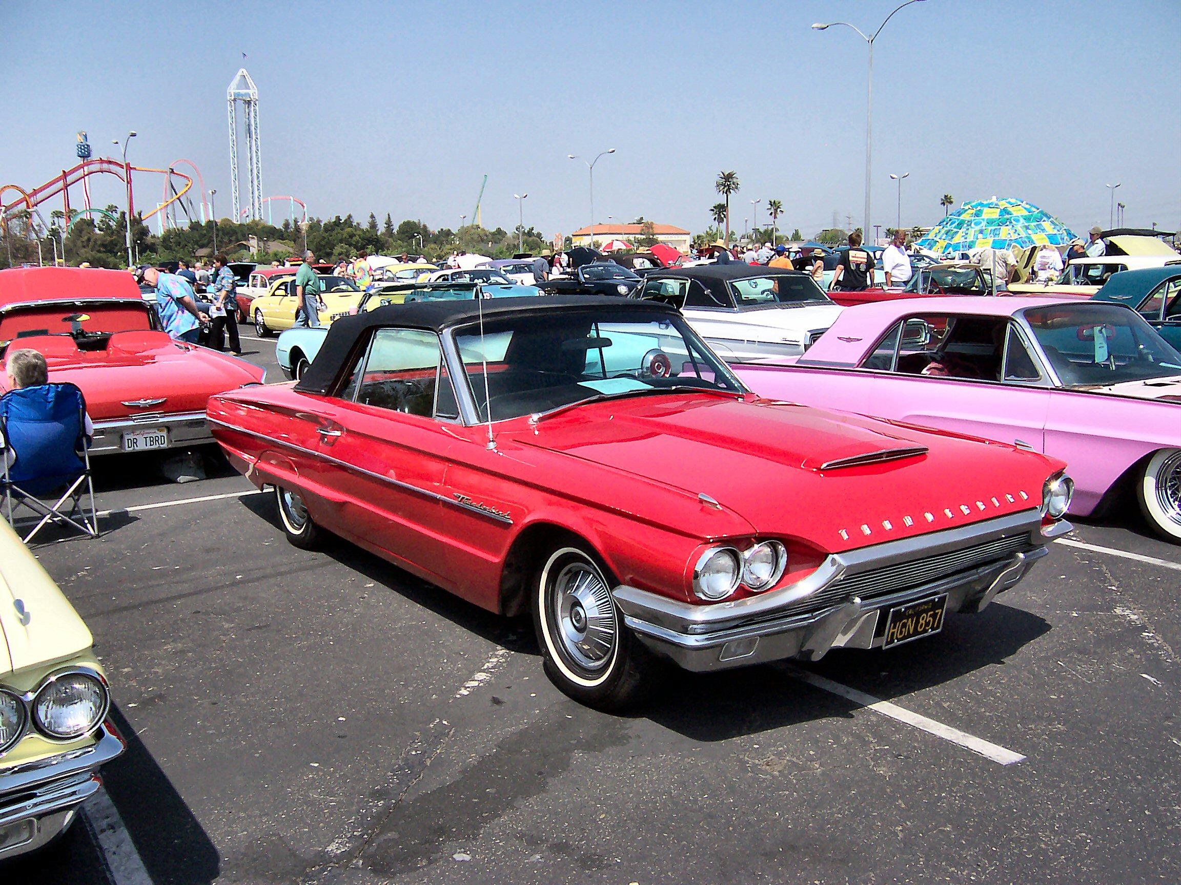 Deze licentietag is toegevoegd aan dit bestand in verband met de GFDL    Ford Thunderbird 1964