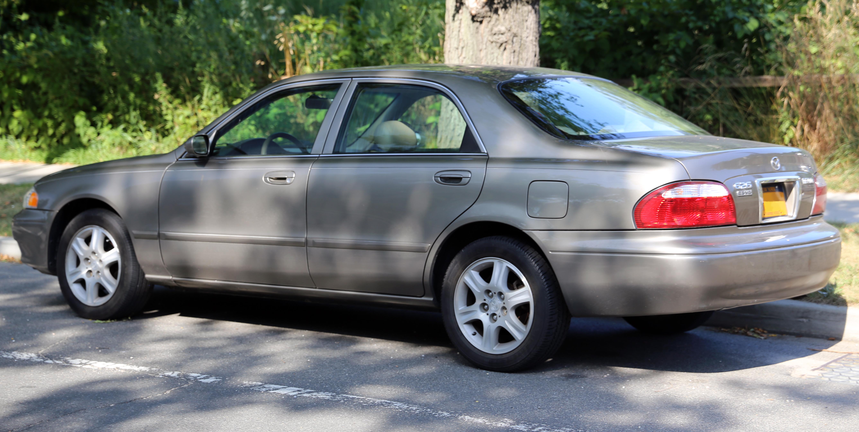 File:2000 Mazda 626 ES V6 rear.jpg