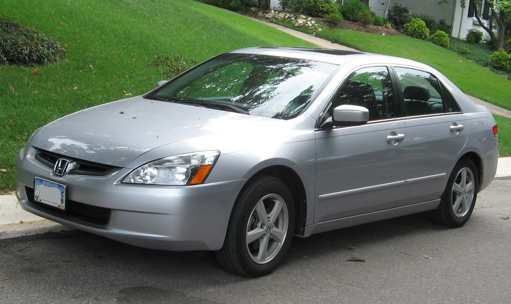 File 2003 2004 Honda Accord Ex Sedan Jpg Wikimedia Commons