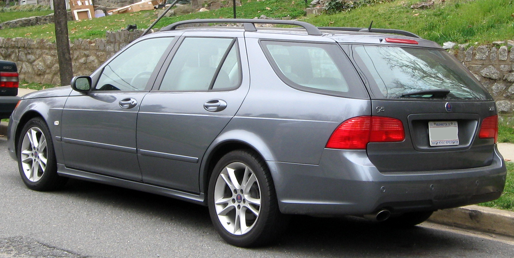 File 2006 2010 saab 9 5 wagon 03 16 2012 jpg wikimedia commons