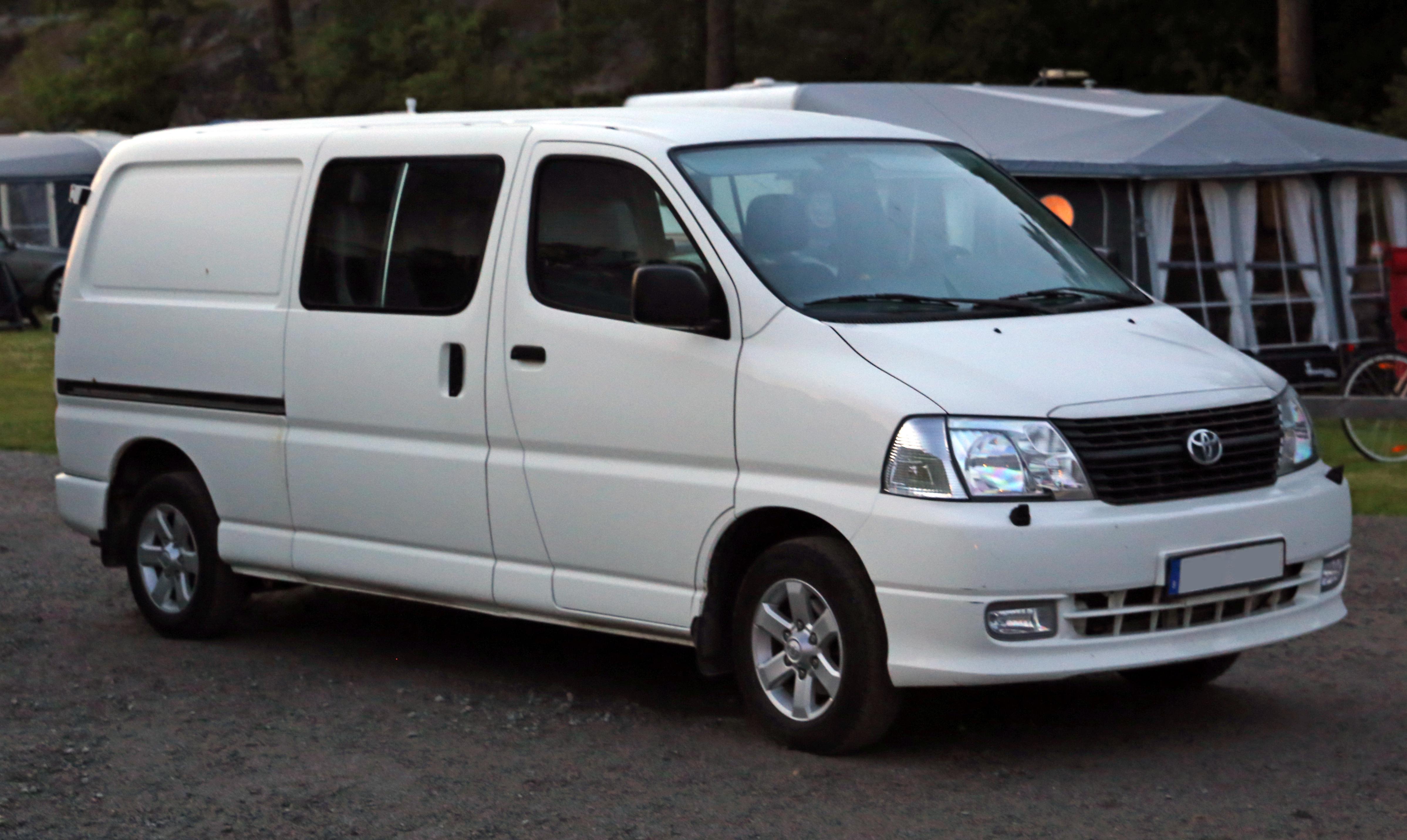 Toyota Hiace Nissan Vanette Mitsubishi hyundai