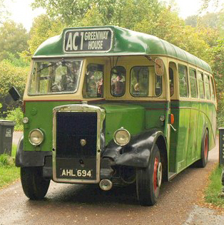 File:Agatha Christie Bus Tour bus (AHL 694) 1947 Leyland Tiger PS1 Barnaby