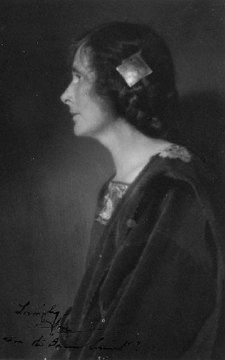 Image of Anne W. Brigman from Wikidata