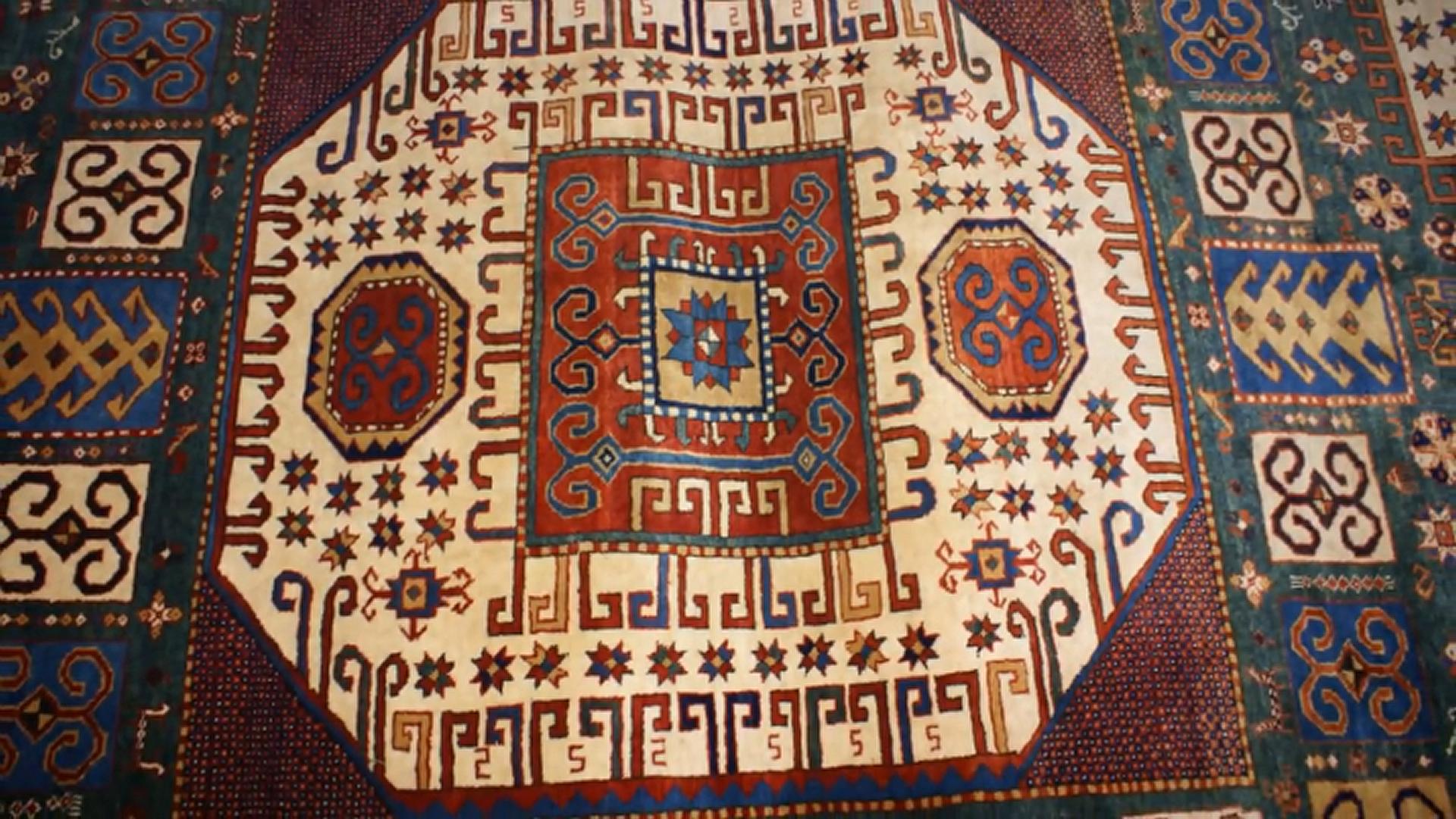 Азербайджанский ковёр