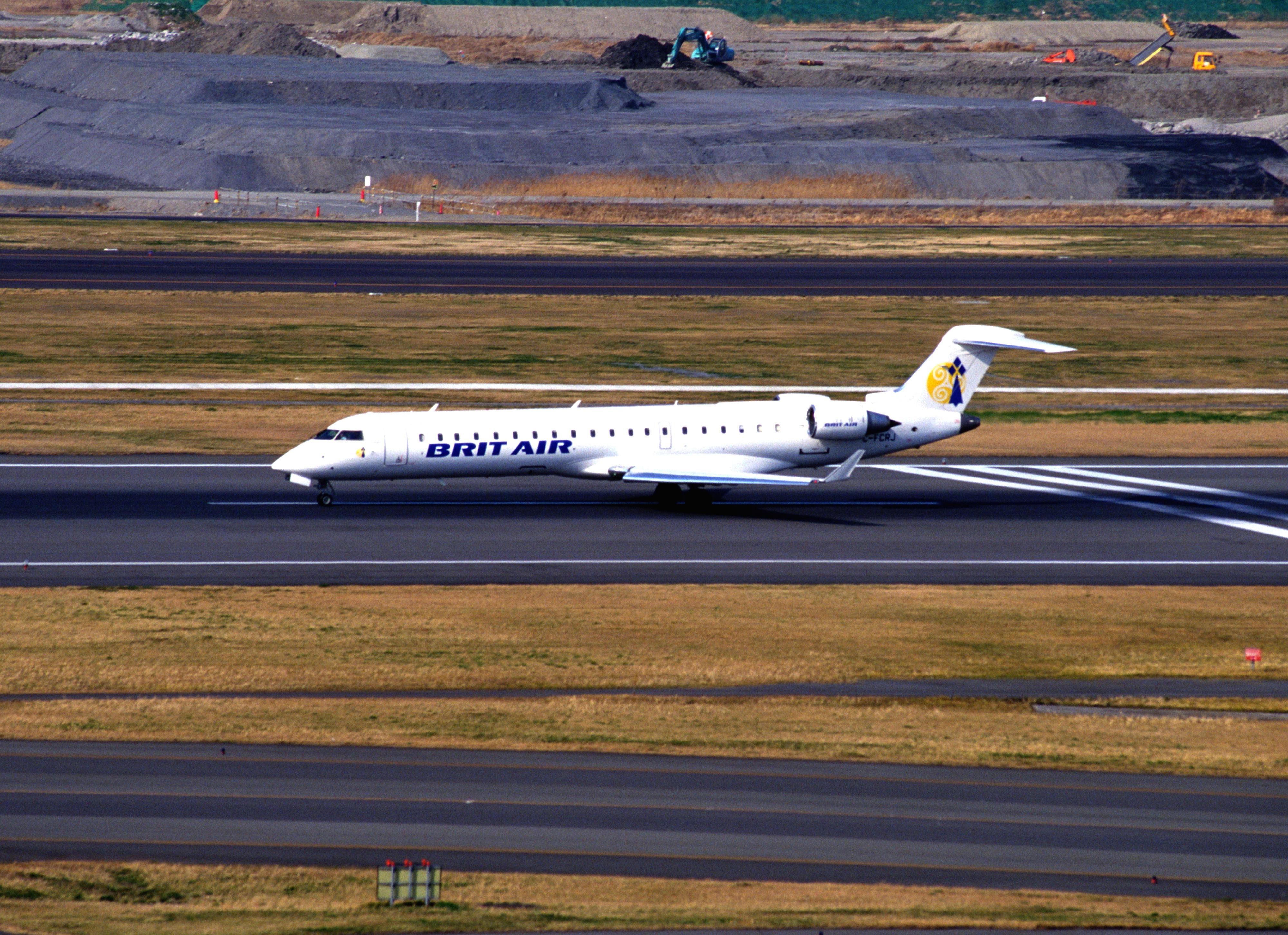 FileBRIT AIR Bombardier CRJ100 C FCRJ 7001 4581391588