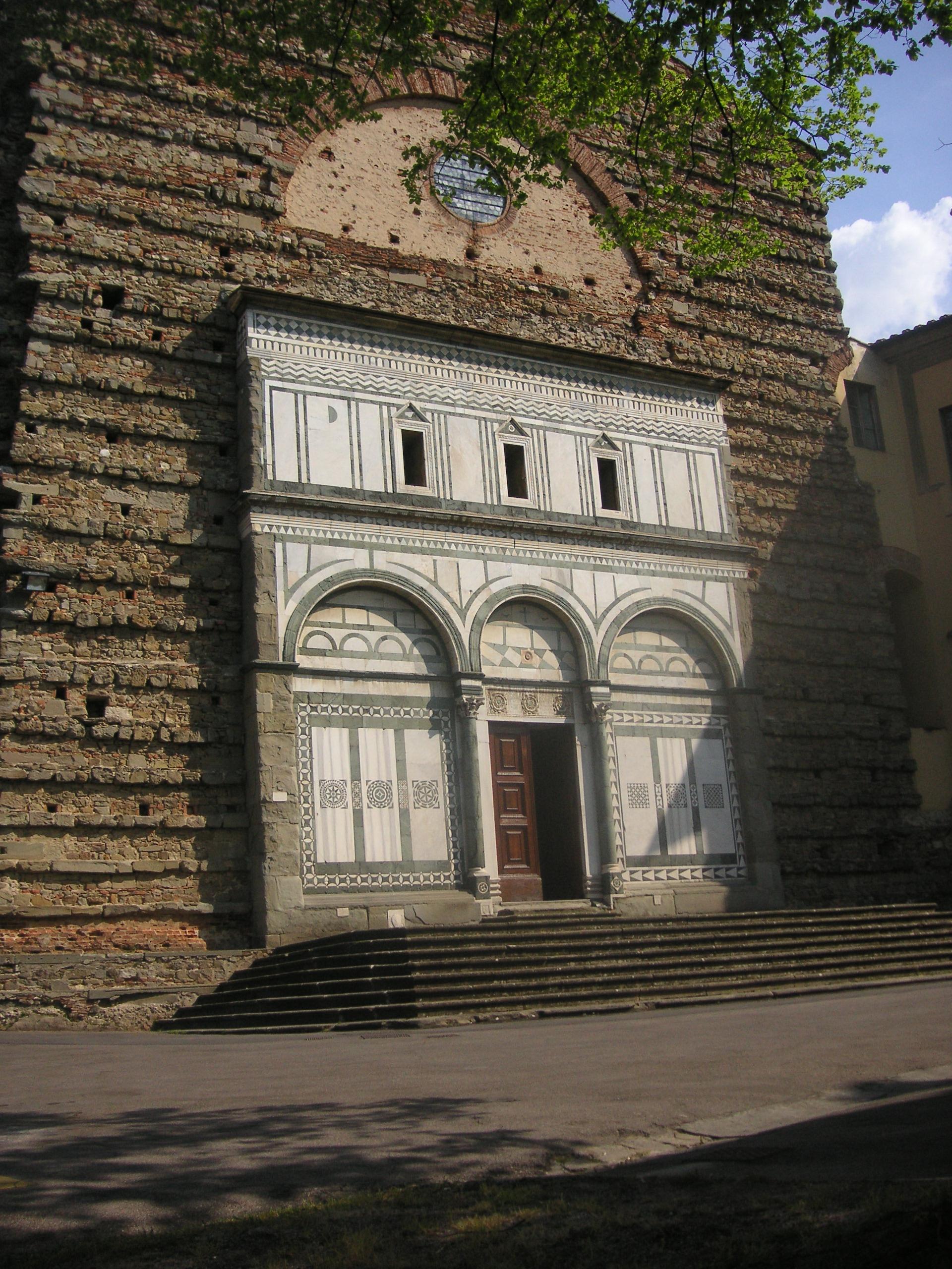 Facciata della Badia Fiesolana, San Domenico, Fiesole