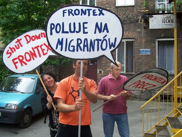 Before demonstration - Shut Down FRONTEX Warsaw 2008.jpg