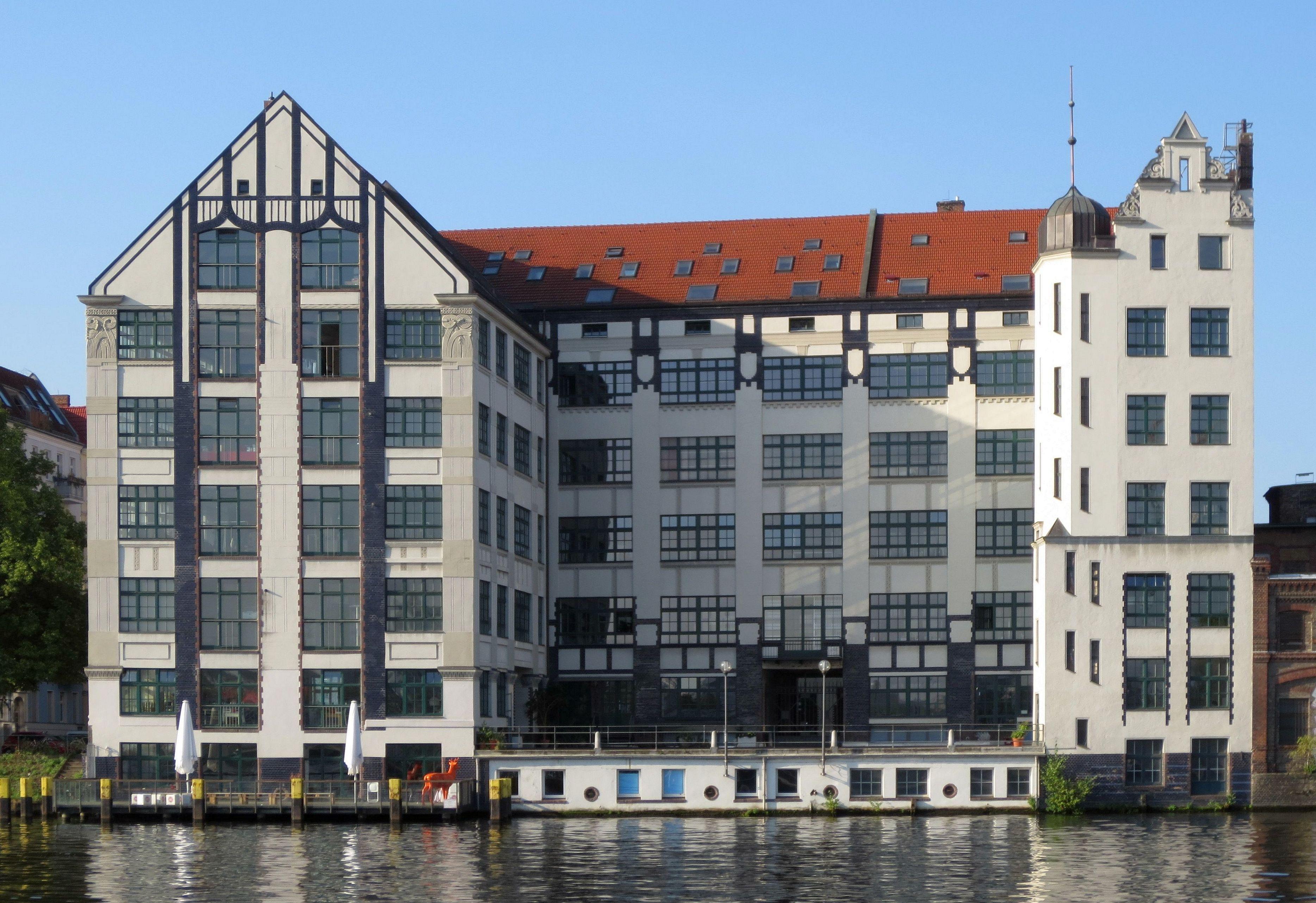 file berlin kreuzberg pfuelstrasse 5 lagerhaus sued ost. Black Bedroom Furniture Sets. Home Design Ideas