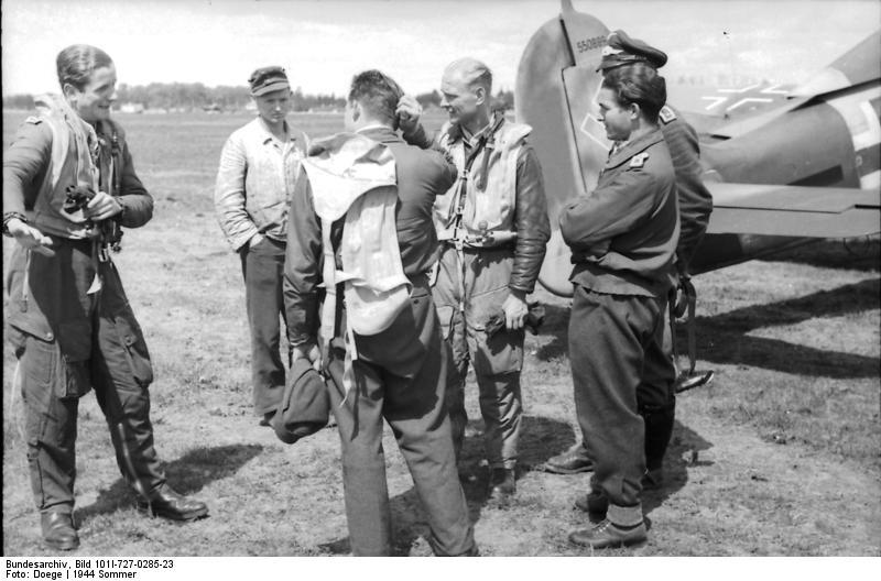 Bundesarchiv_Bild_101I-727-0285-23%2C_Ru