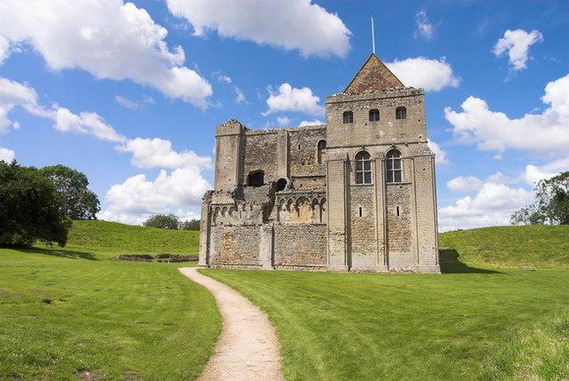 Castle Rising Castle - geograph.org.uk - 660625