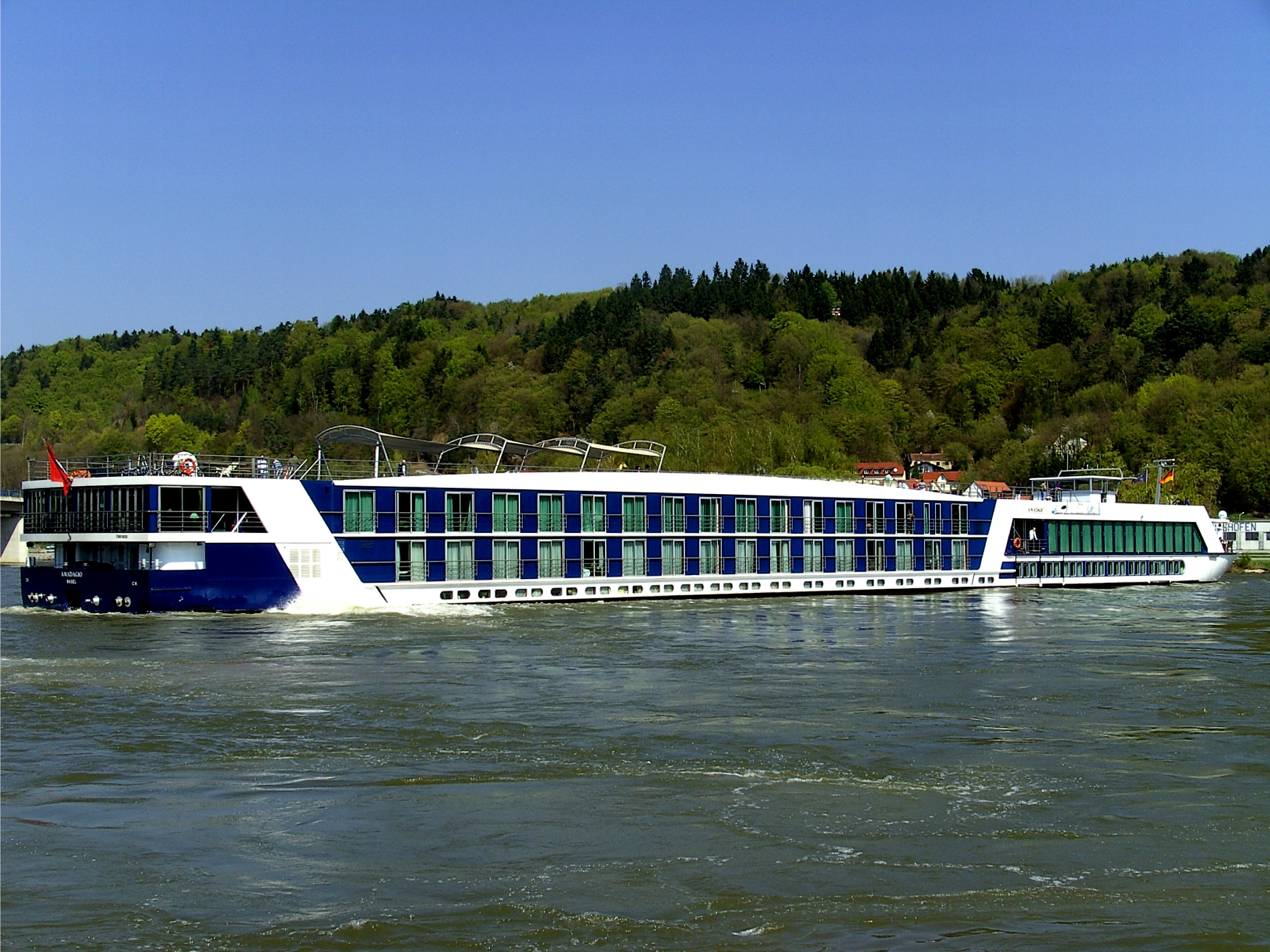 Danube River Cruise Ships File:cruise Ship on The Danube