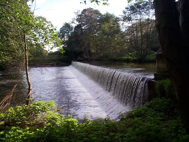 Crumpwood Weir - geograph.org.uk - 413004