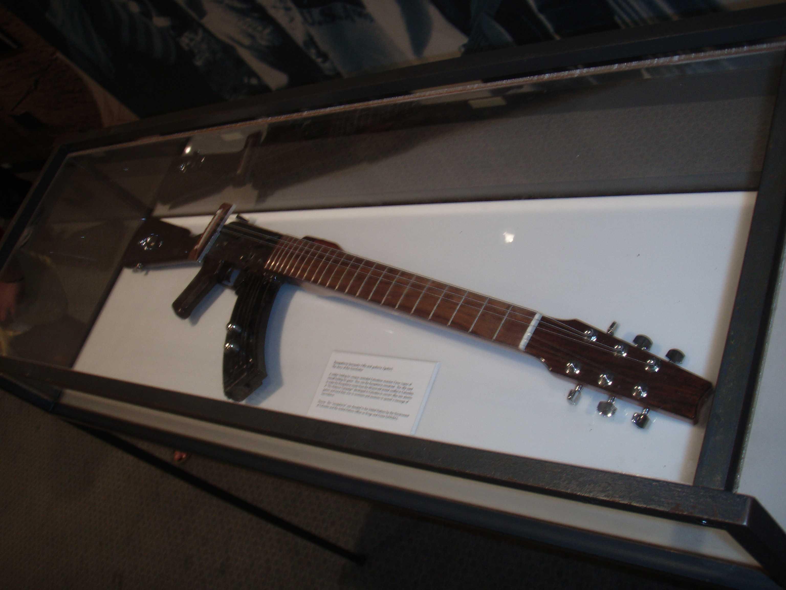 Una escopetarra, expuesta en la sede de las Naciones Unidas.
