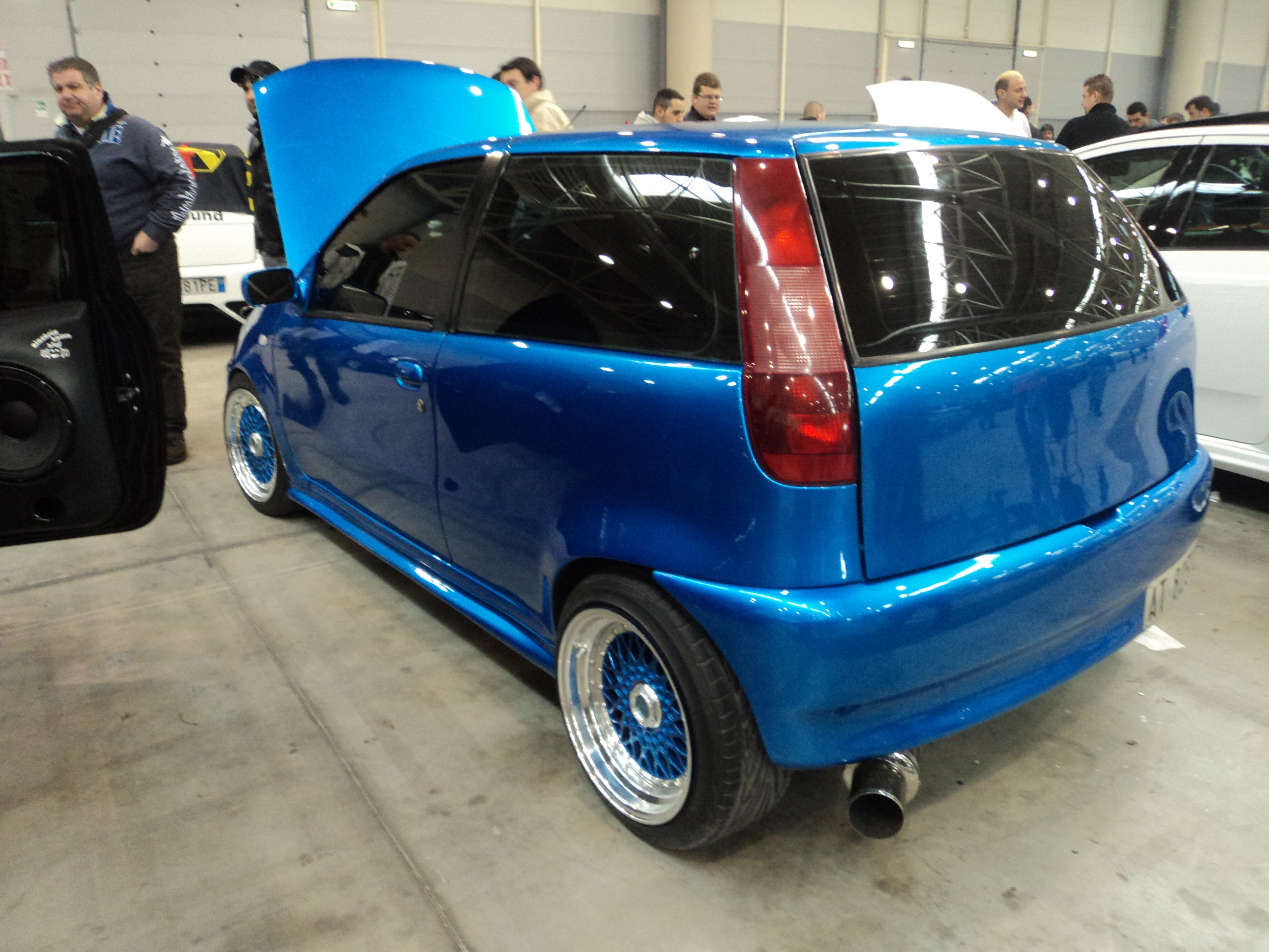 file fiat punto rome tuning show 07 jpg wikimedia commons. Black Bedroom Furniture Sets. Home Design Ideas