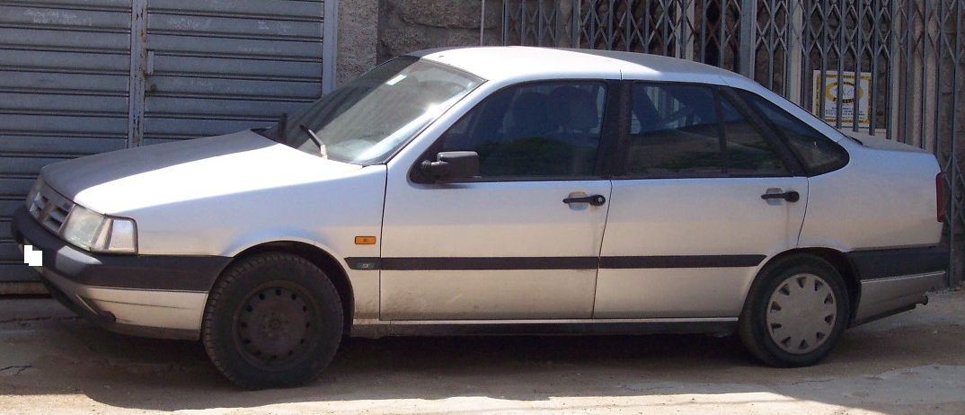 File:Fiat Tempra white l.jpg - Wikimedia Commons