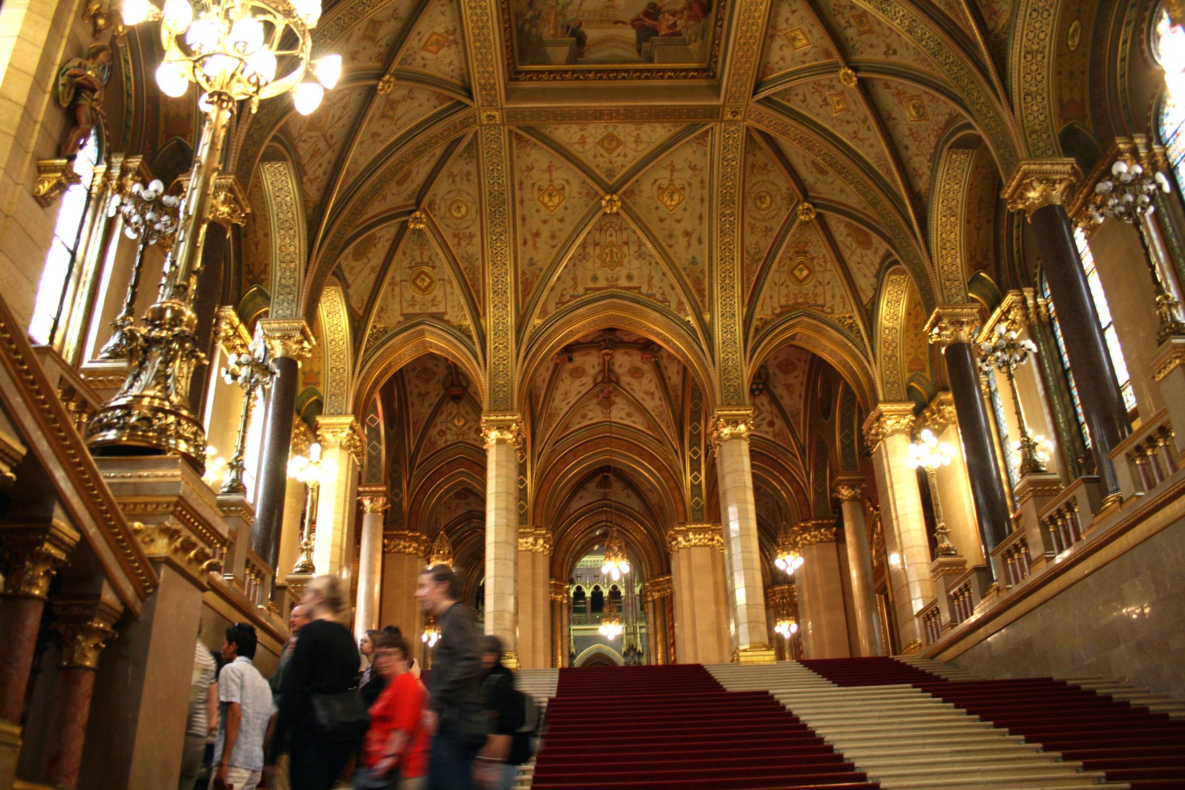 File file budapest parlament interior for Parlamento wikipedia
