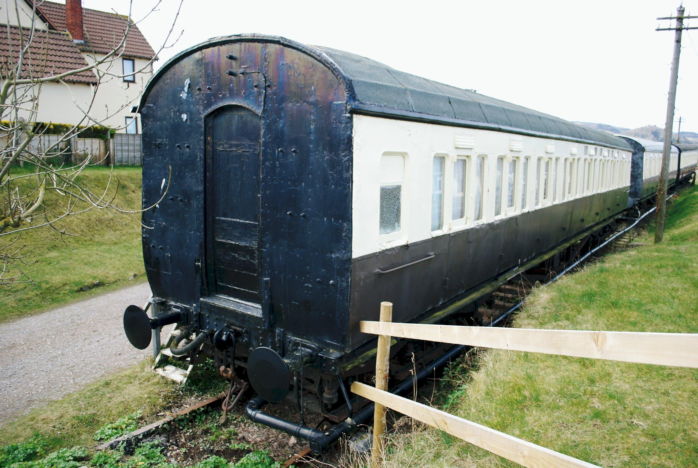 "File:GWR Churchward ""Toplight"" Corridor Third No.3980 (?) ("