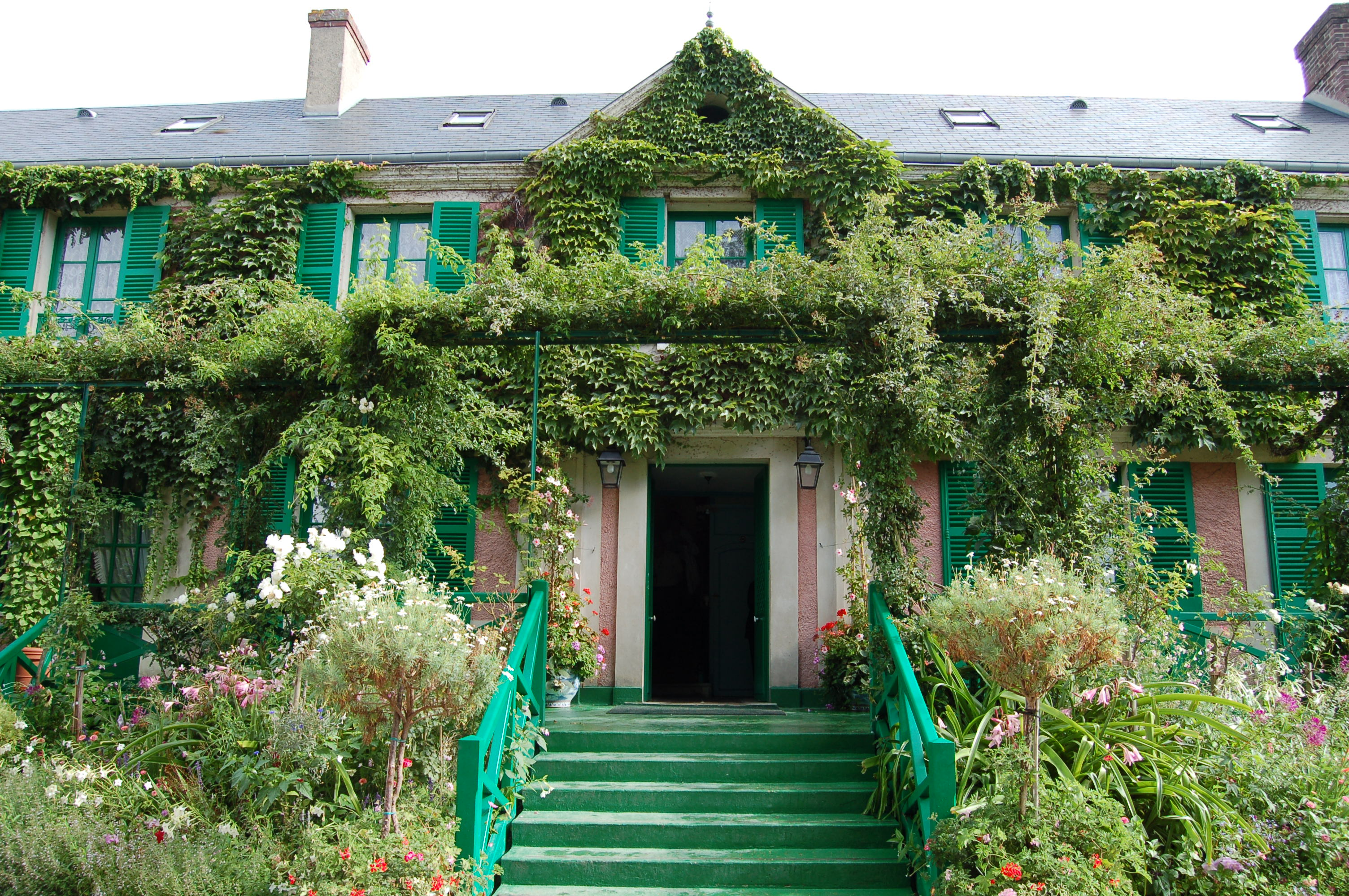 File giverny monet wikimedia commons for What is a shouse house
