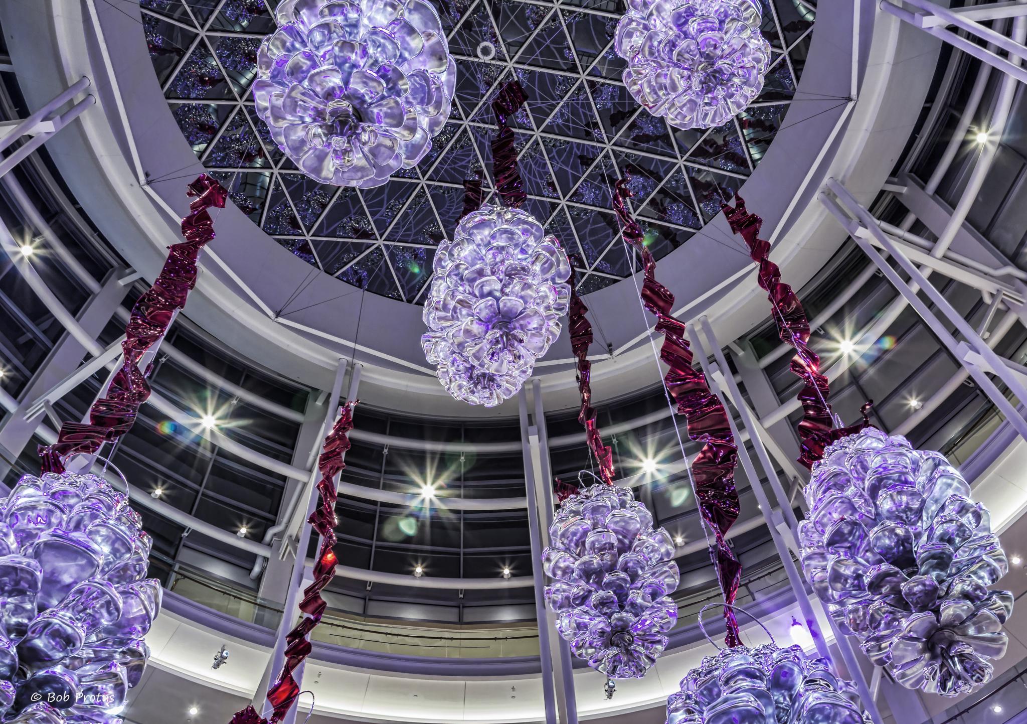 fileholiday decorationsjpg - Holiday Decorations