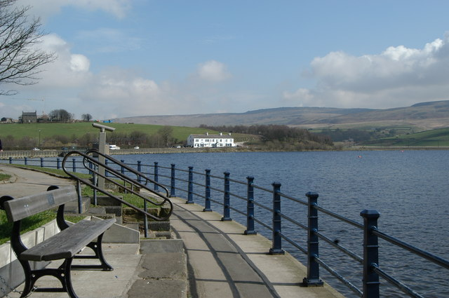 Hollingworth Lake - geograph.org.uk - 365272