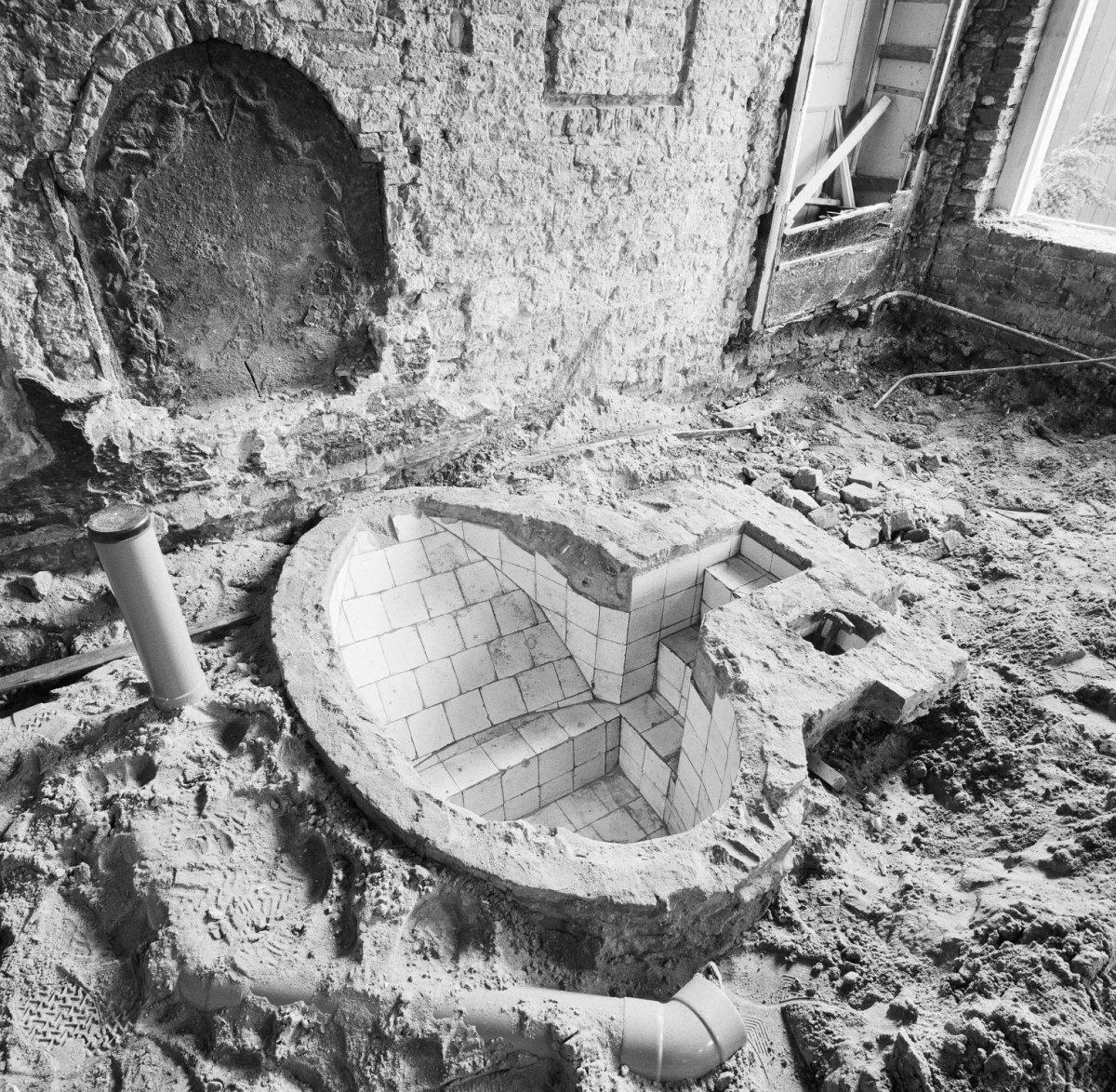 File interieur begane grond bad met tegels ontdekt hasselt 20288988 - Mat tegels ...