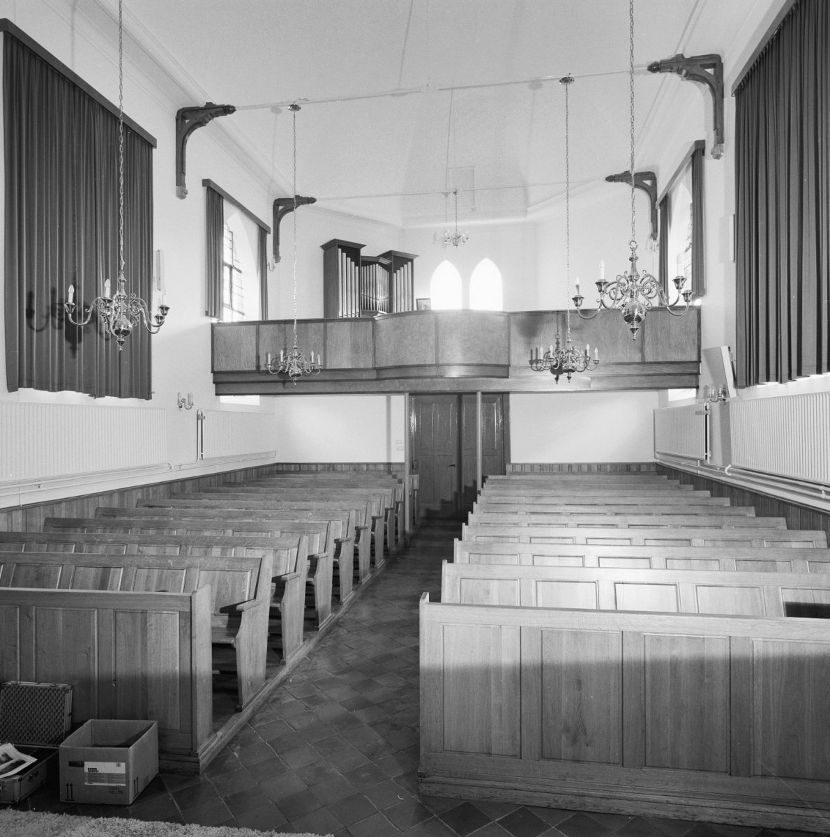 fileinterieur overzicht naar het westen met orgel waalwijk 20346989 rce