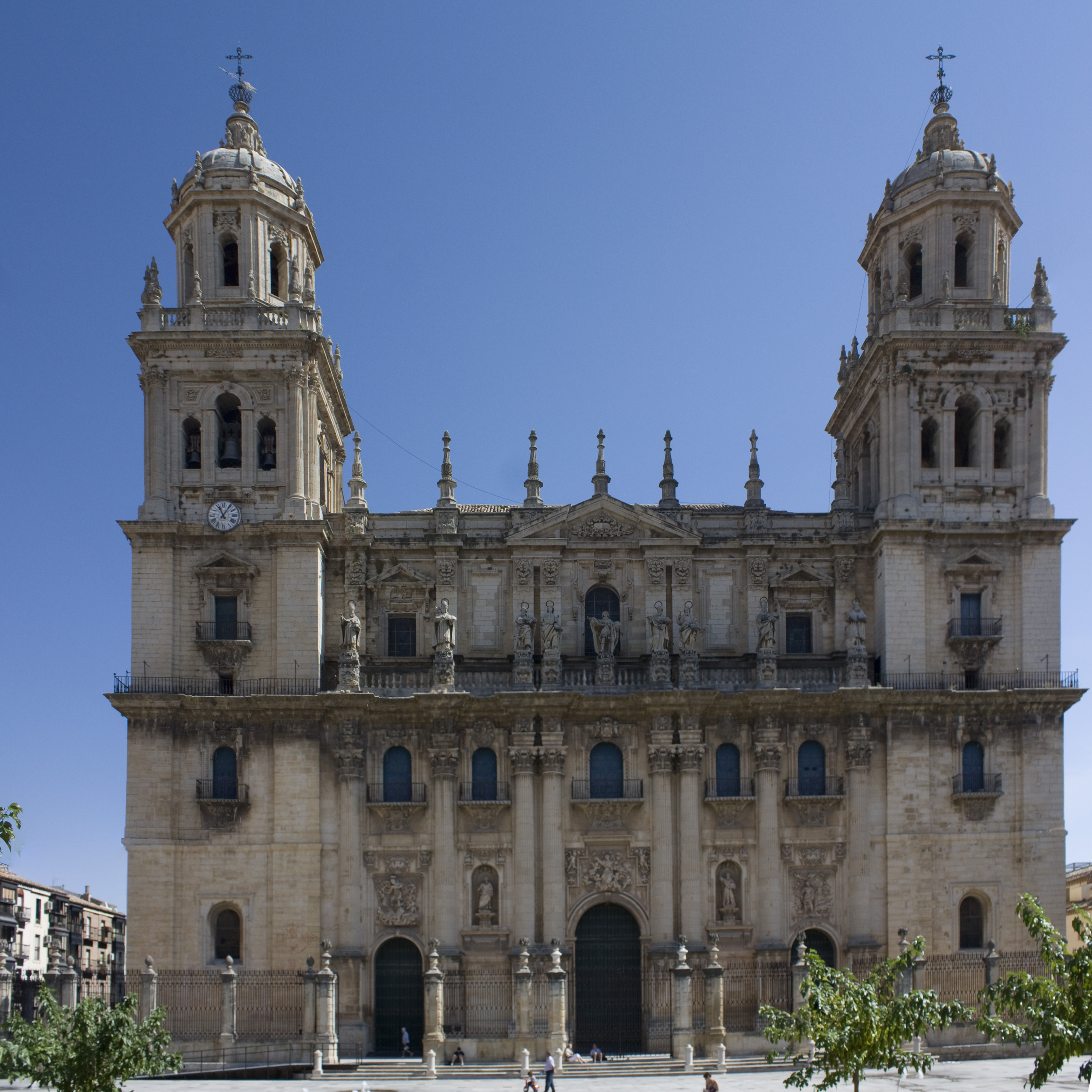 File:Jaén-Catedral de la Asunción VPSM-20110919.jpg - Wikimedia Commons