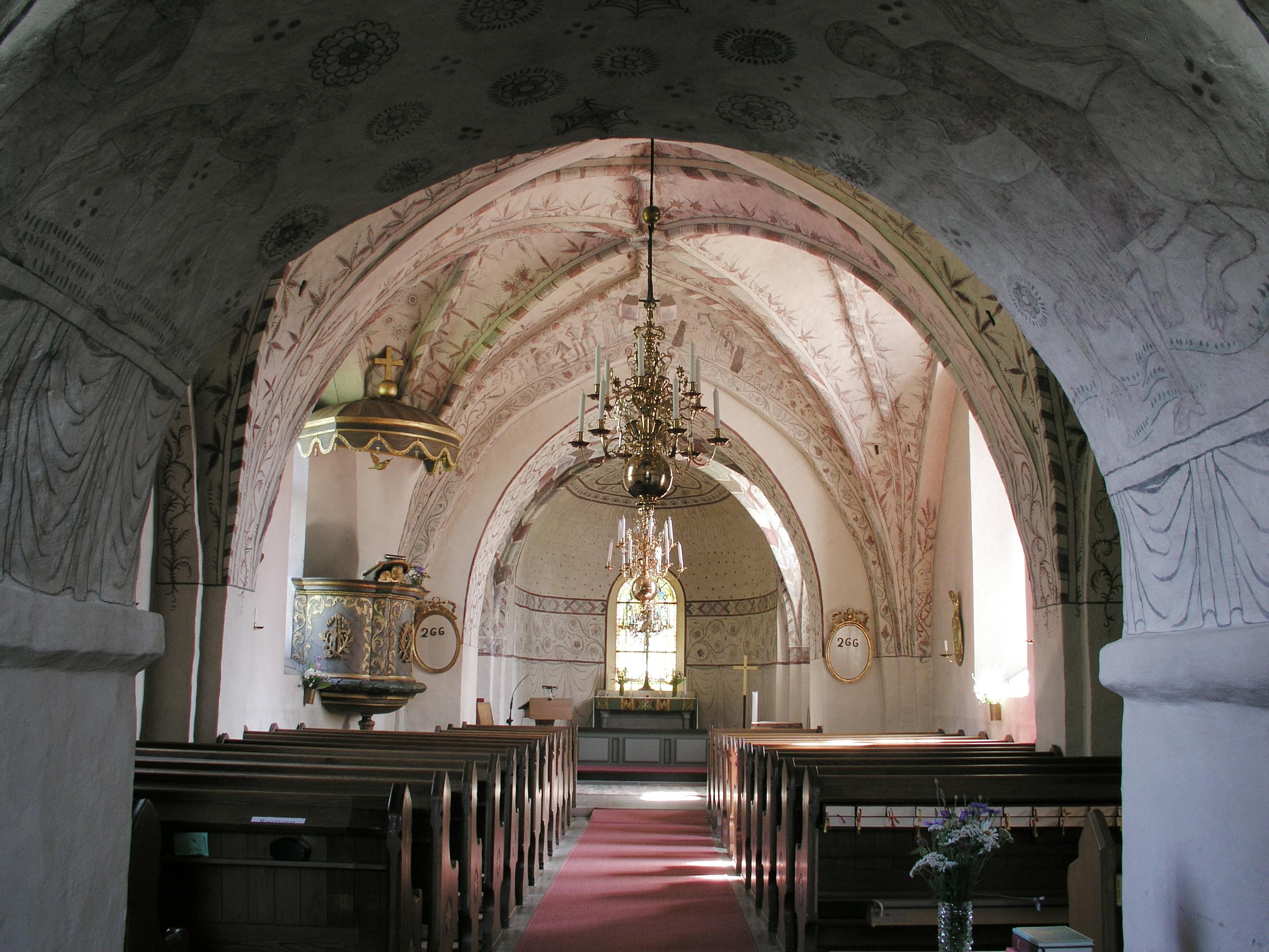 http://upload.wikimedia.org/wikipedia/commons/8/80/Kaga_kyrka_nave4.jpg