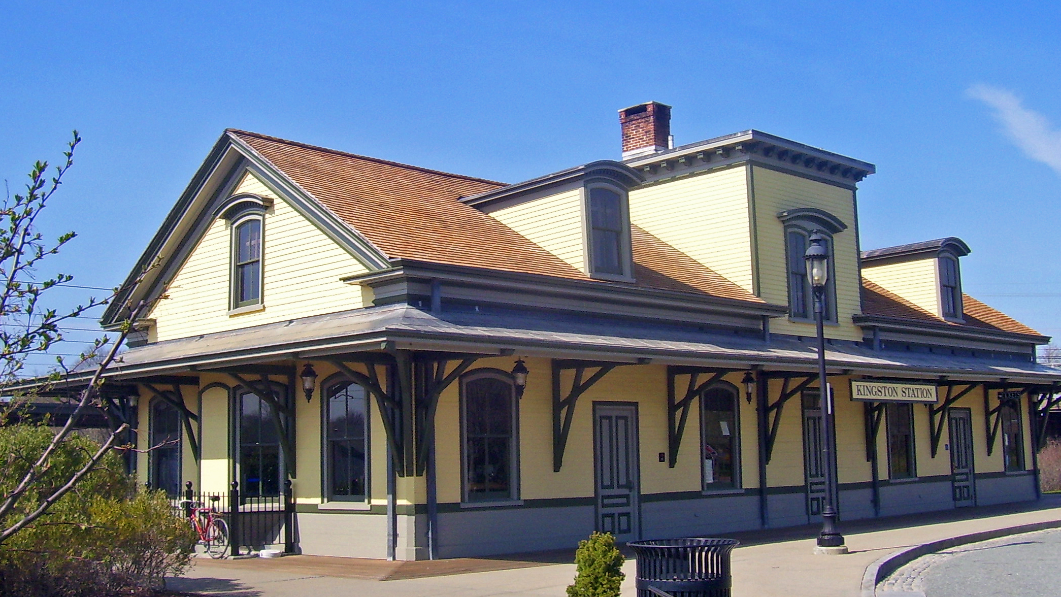Kingston, RI, train station house