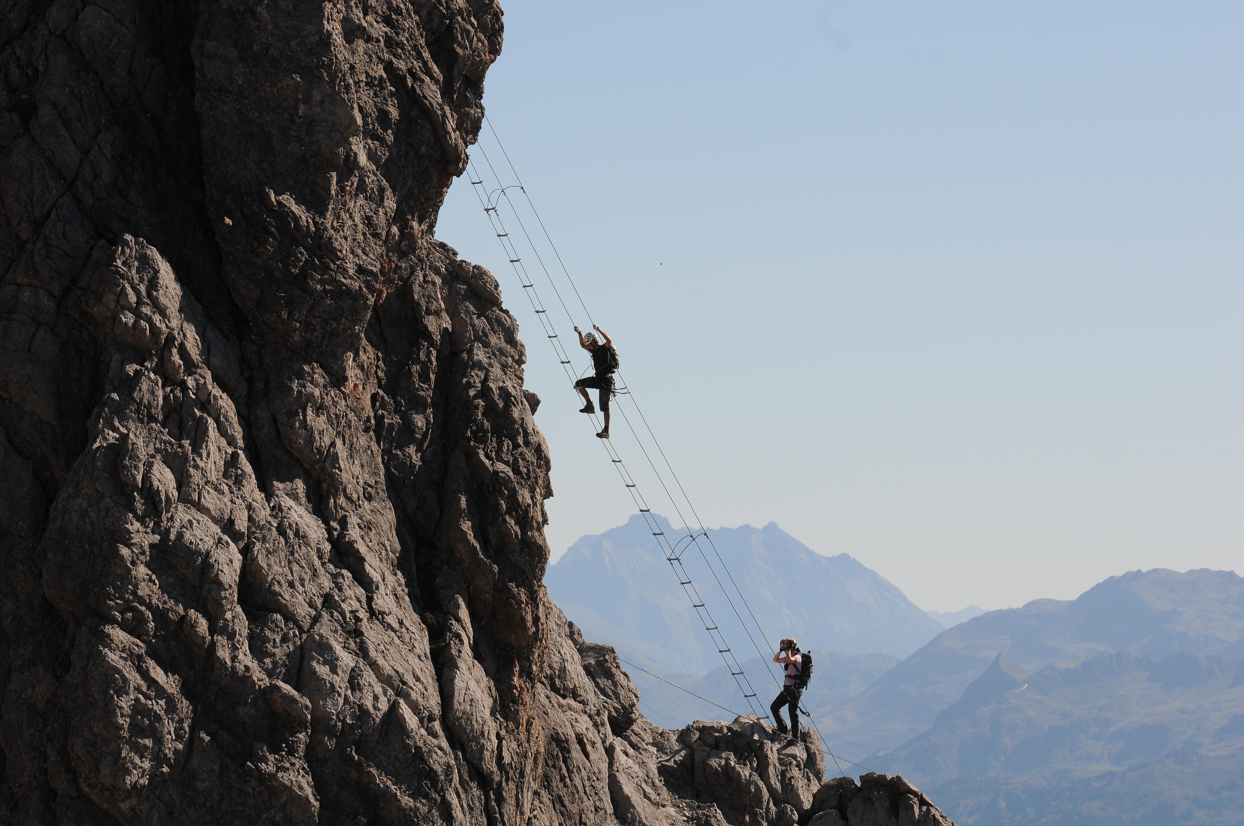 Klettersteig Saulakopf : File lünersee saulakopf rätikon g wikimedia commons
