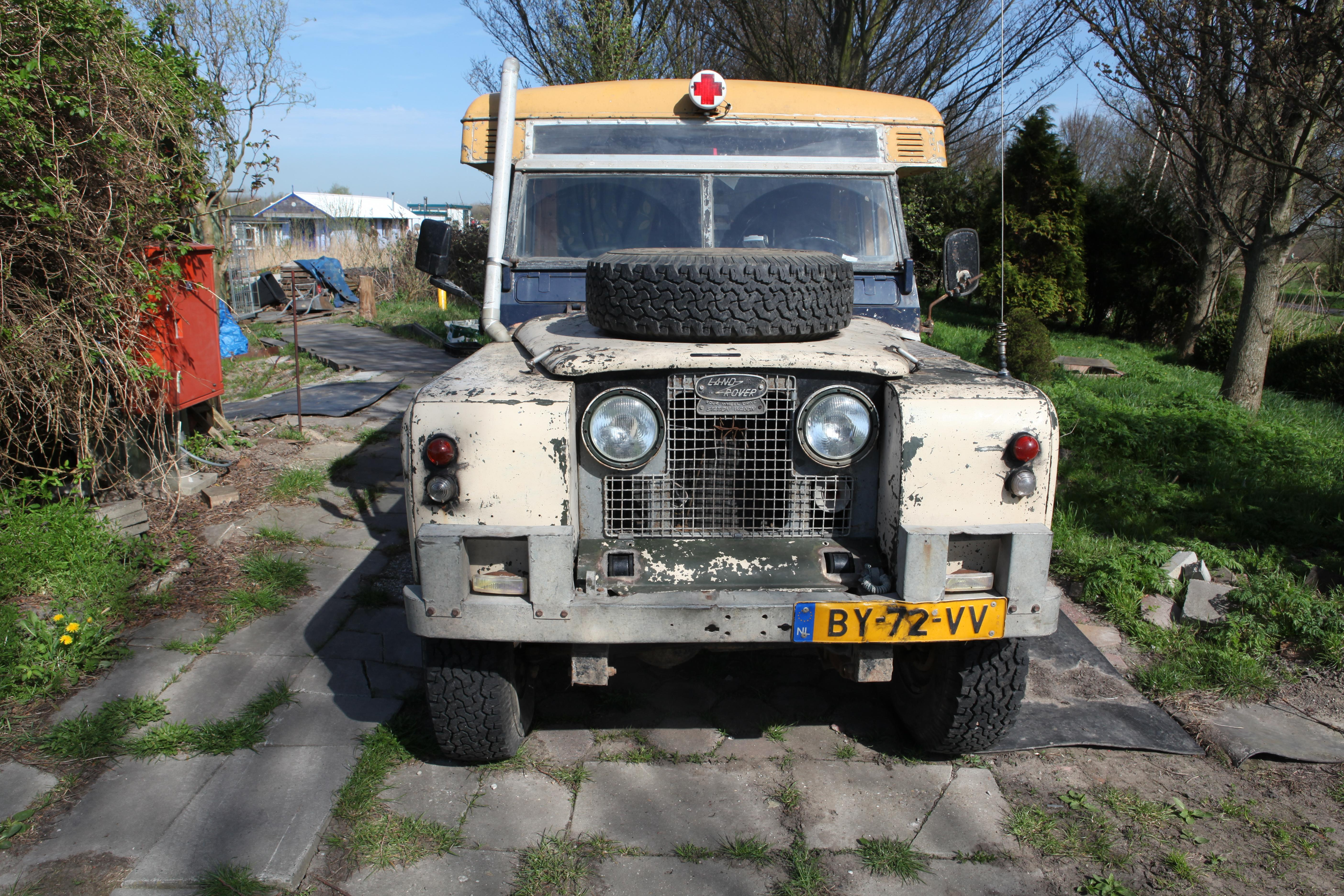File Land Rover 109 Series Ii Ambulance Jpg Wikimedia