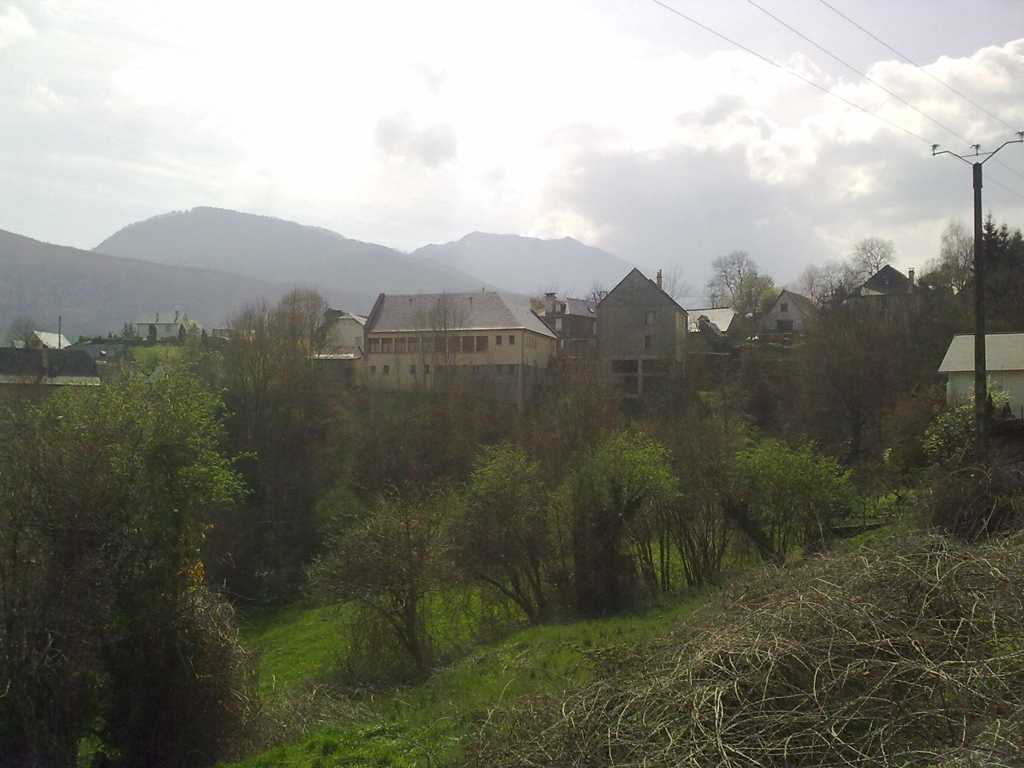 Salles (Hautes-Pyrénées)