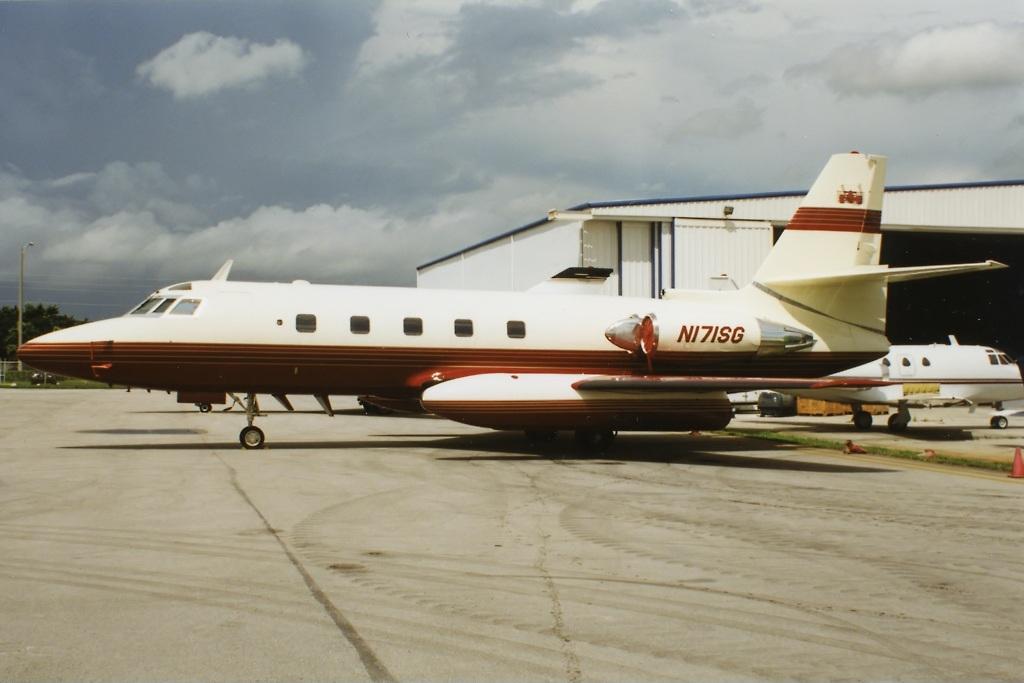 File Lockheed L