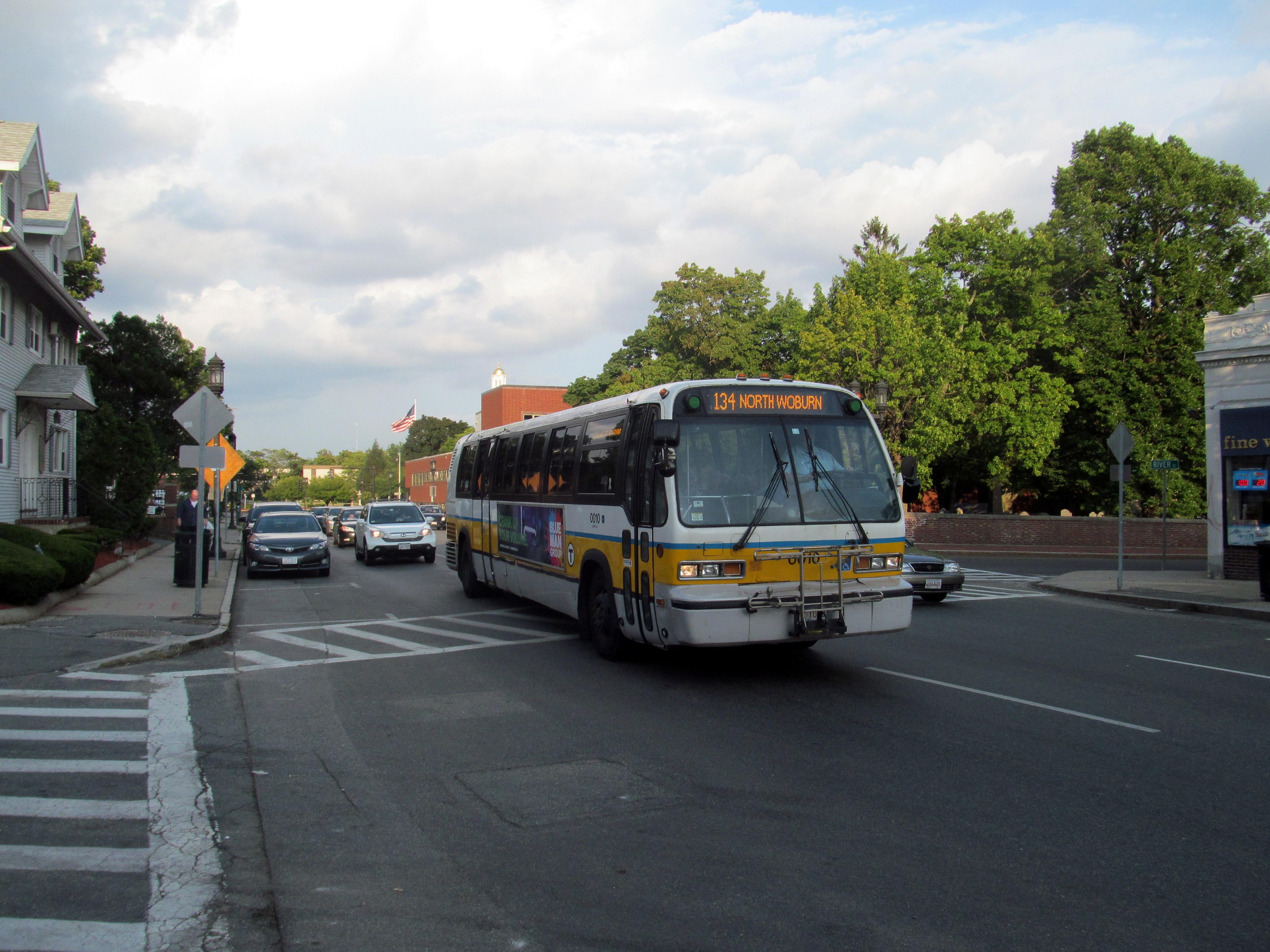 File Mbta Route 134 Bus In Medford July 2015 Jpg