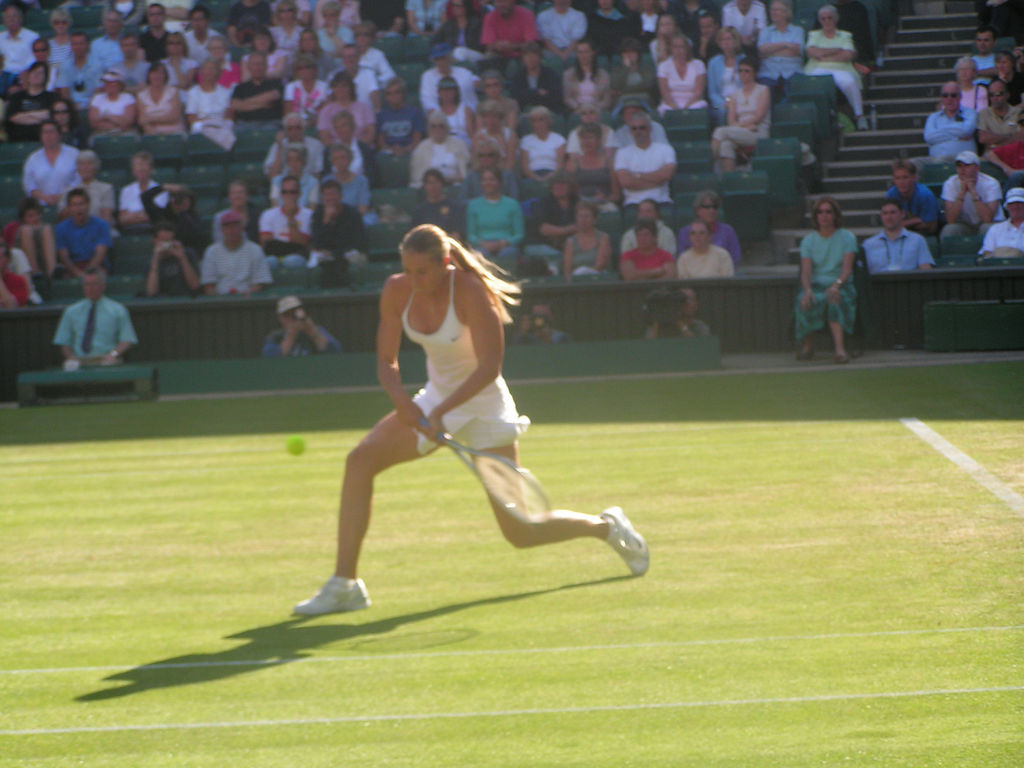 File:Maria Sharapova at Wimbledon (2004).jpg
