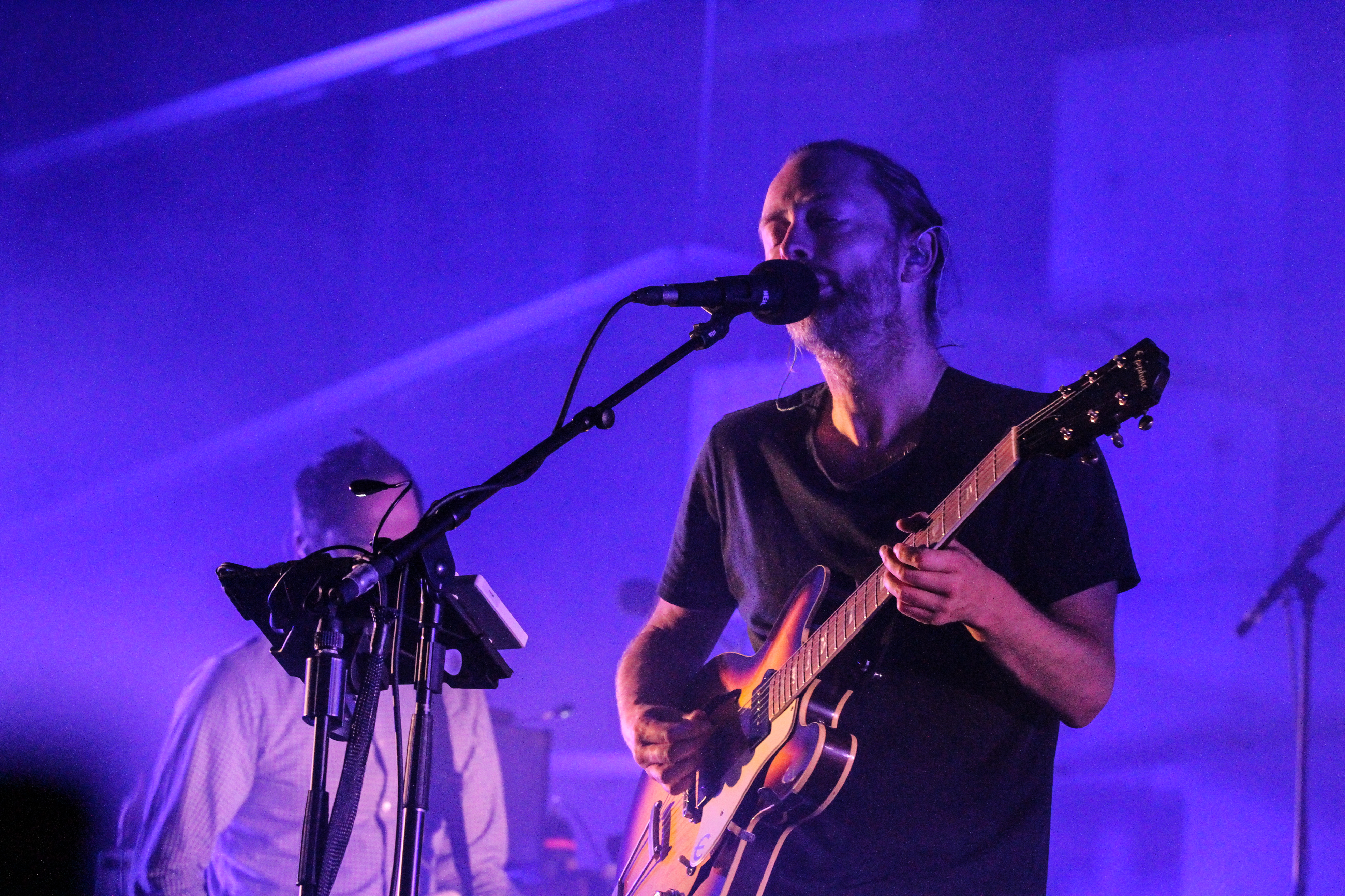 Radiohead singer Thom Yorke (front) and producer Nigel Godrich (rear) have accused Spotify of not supporting new artists fairly.
