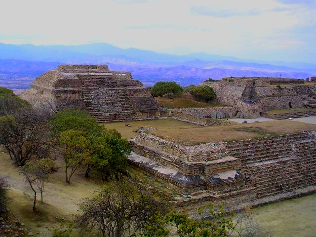 Mexico.Oax.MonteAlban.Panorama.02.jpg