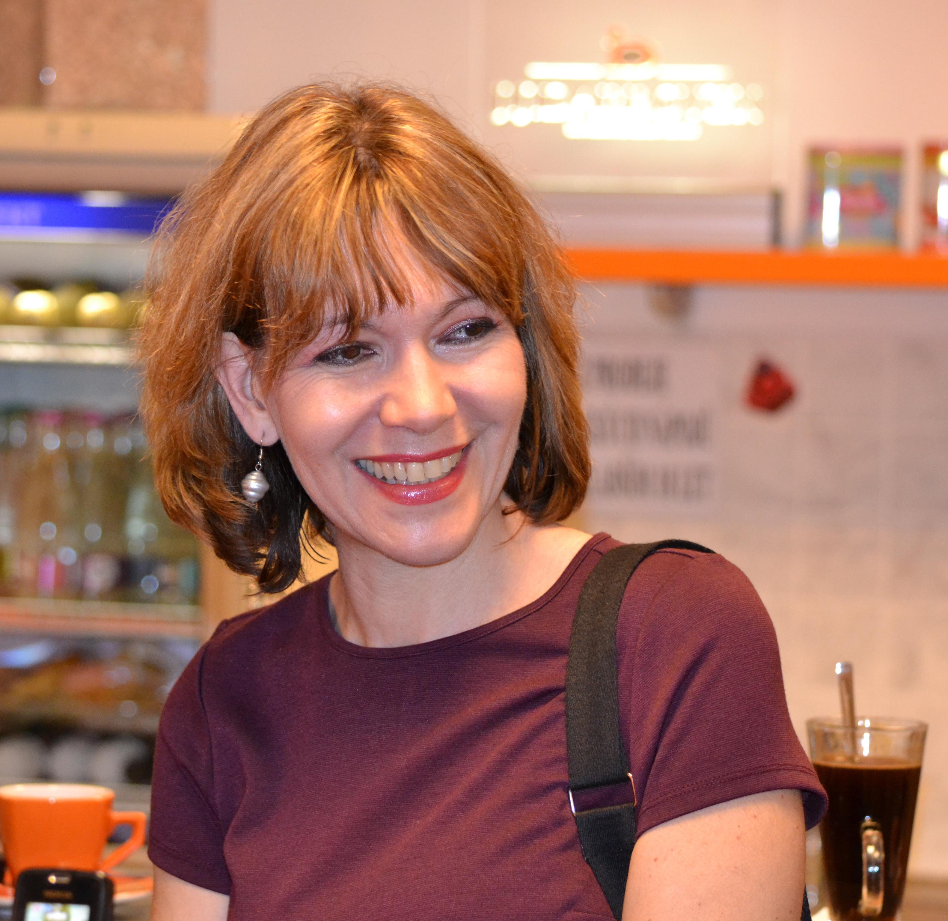 Communication on this topic: Amy Seimetz, anulka-dziubinska/