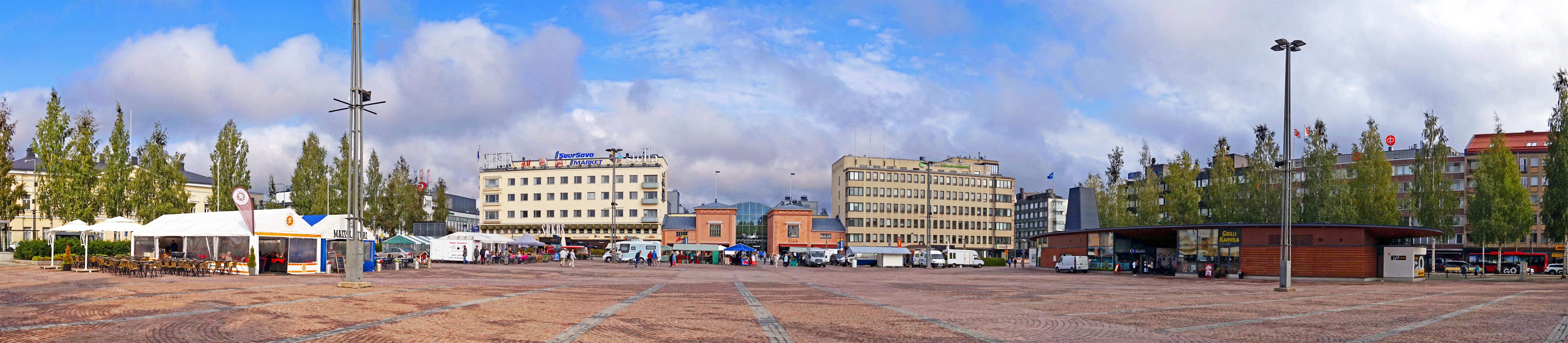 Mikkeli - market square.jpg